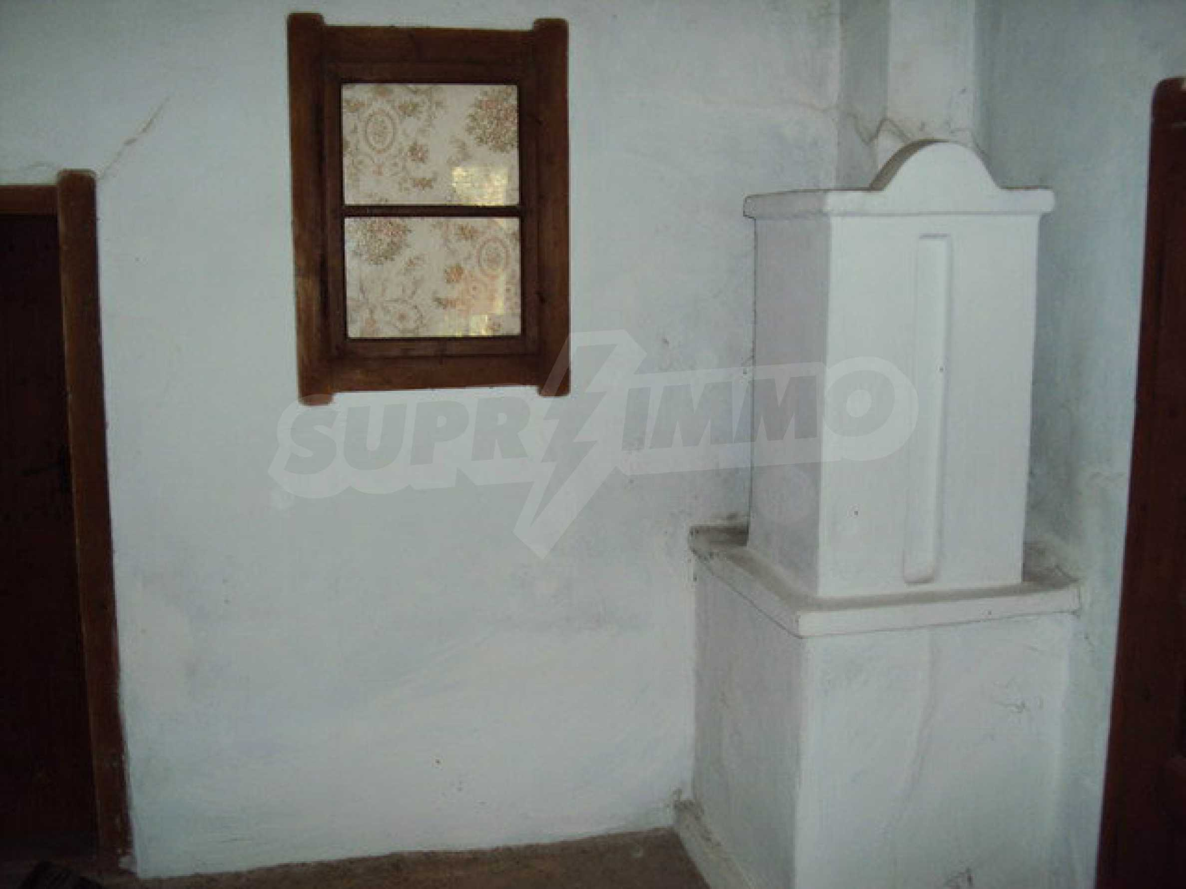 One-storey house in a well developed village 14 km. Veliko Tarnovo 13