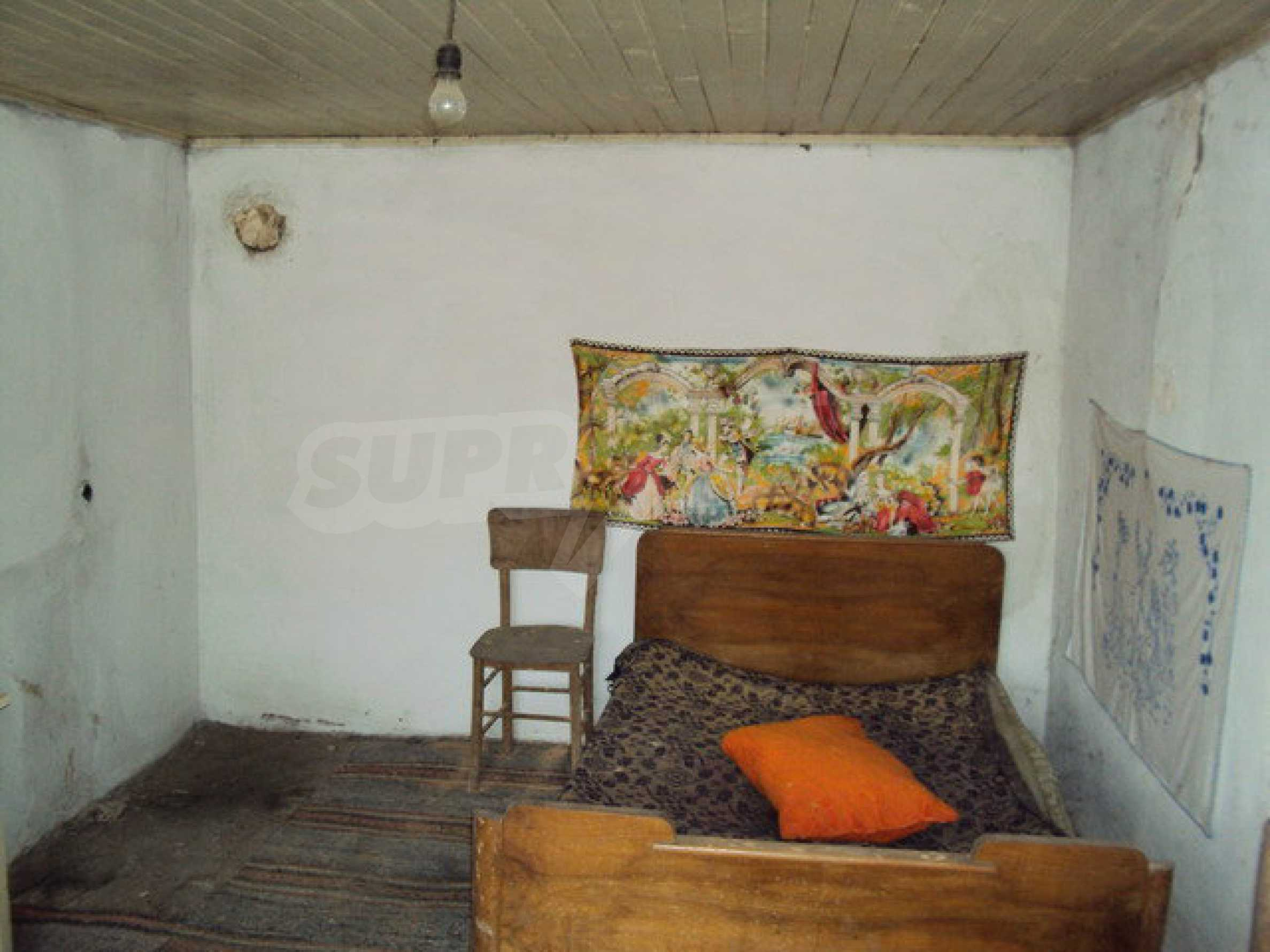 One-storey house in a well developed village 14 km. Veliko Tarnovo 8