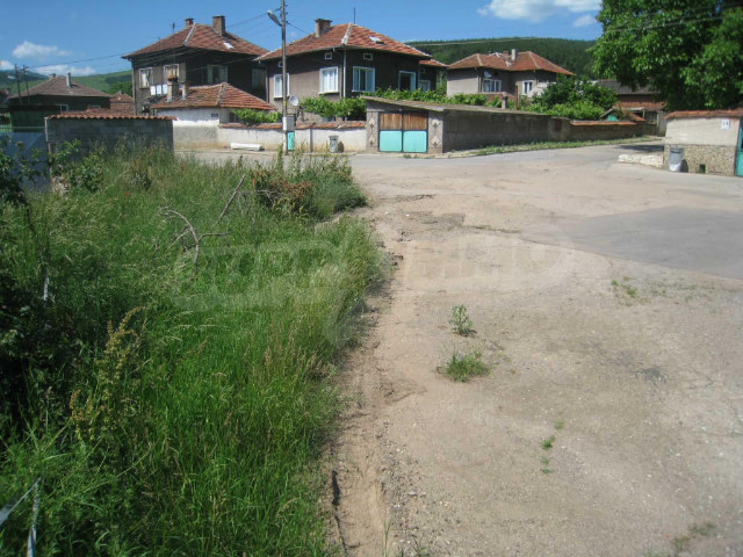 Reguliertes Grundstück für den Bau eines Hauses oder einer Villa in der Nähe von Sofia 8