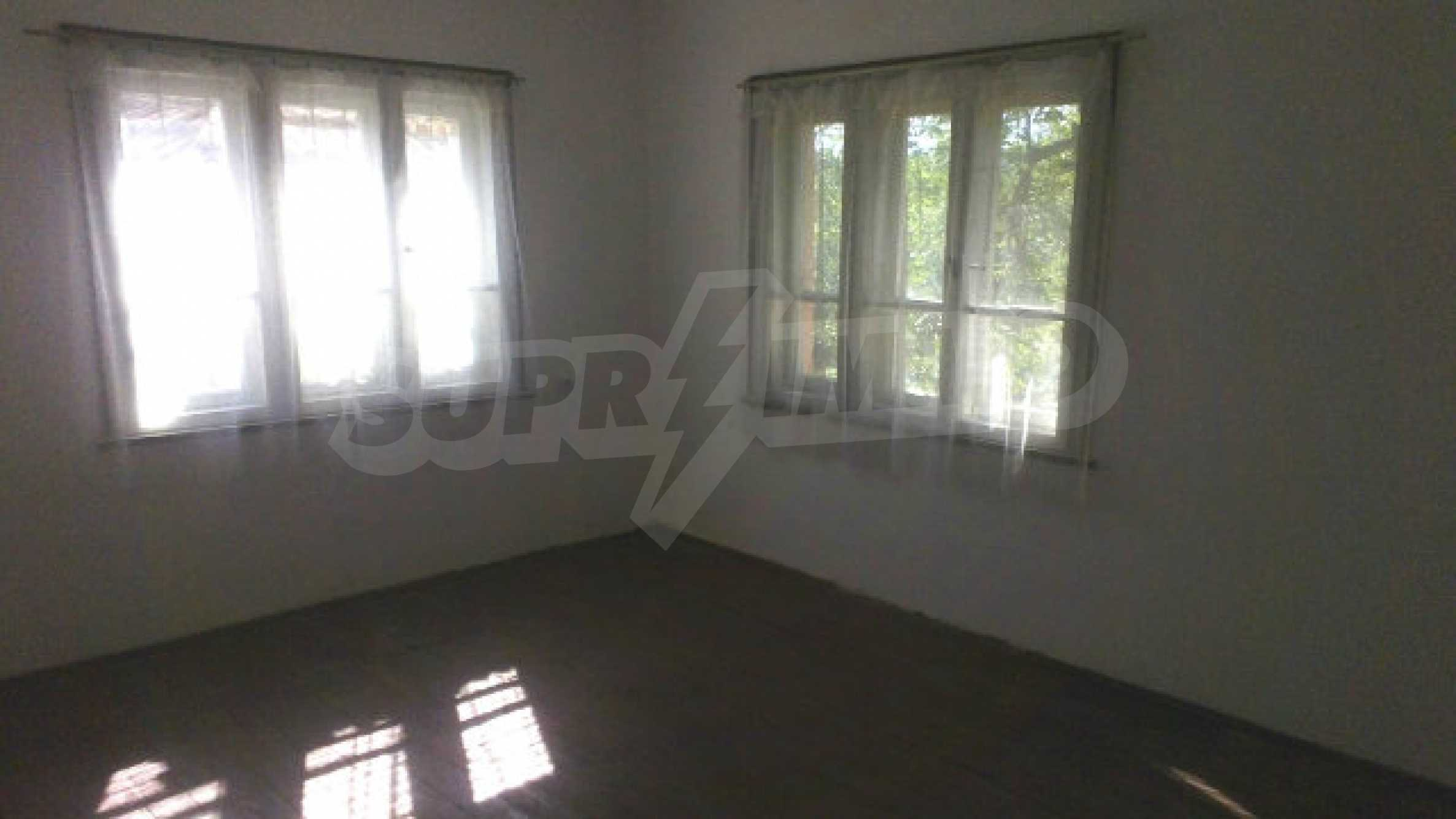 Solid house with a kitchen set 40 km from Vidin 11