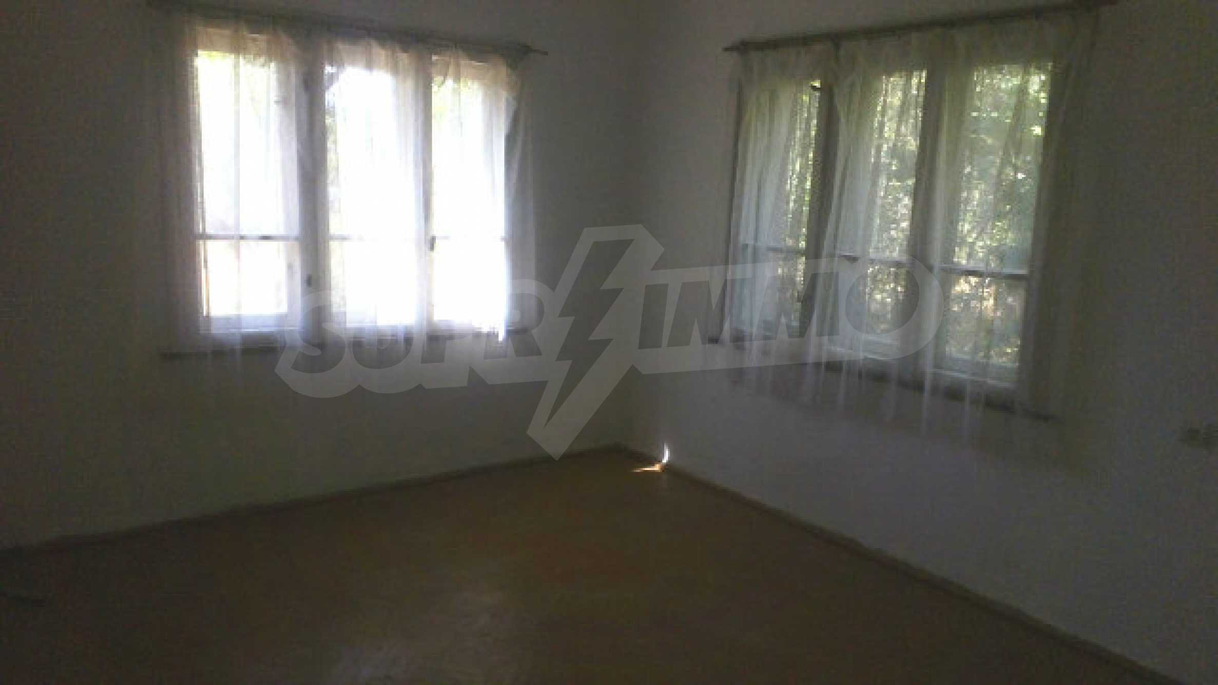 Solid house with a kitchen set 40 km from Vidin 13