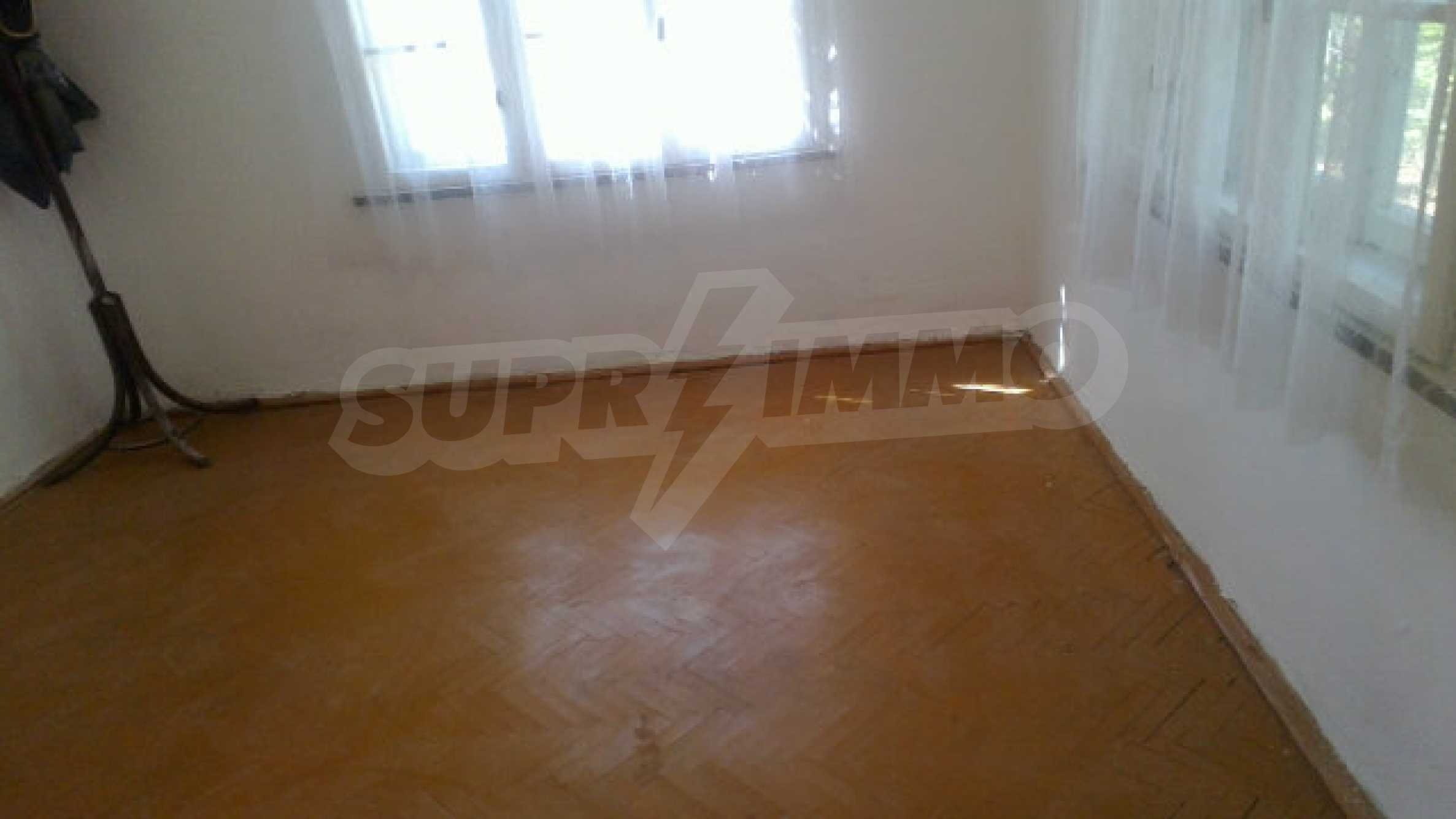 Solid house with a kitchen set 40 km from Vidin 16
