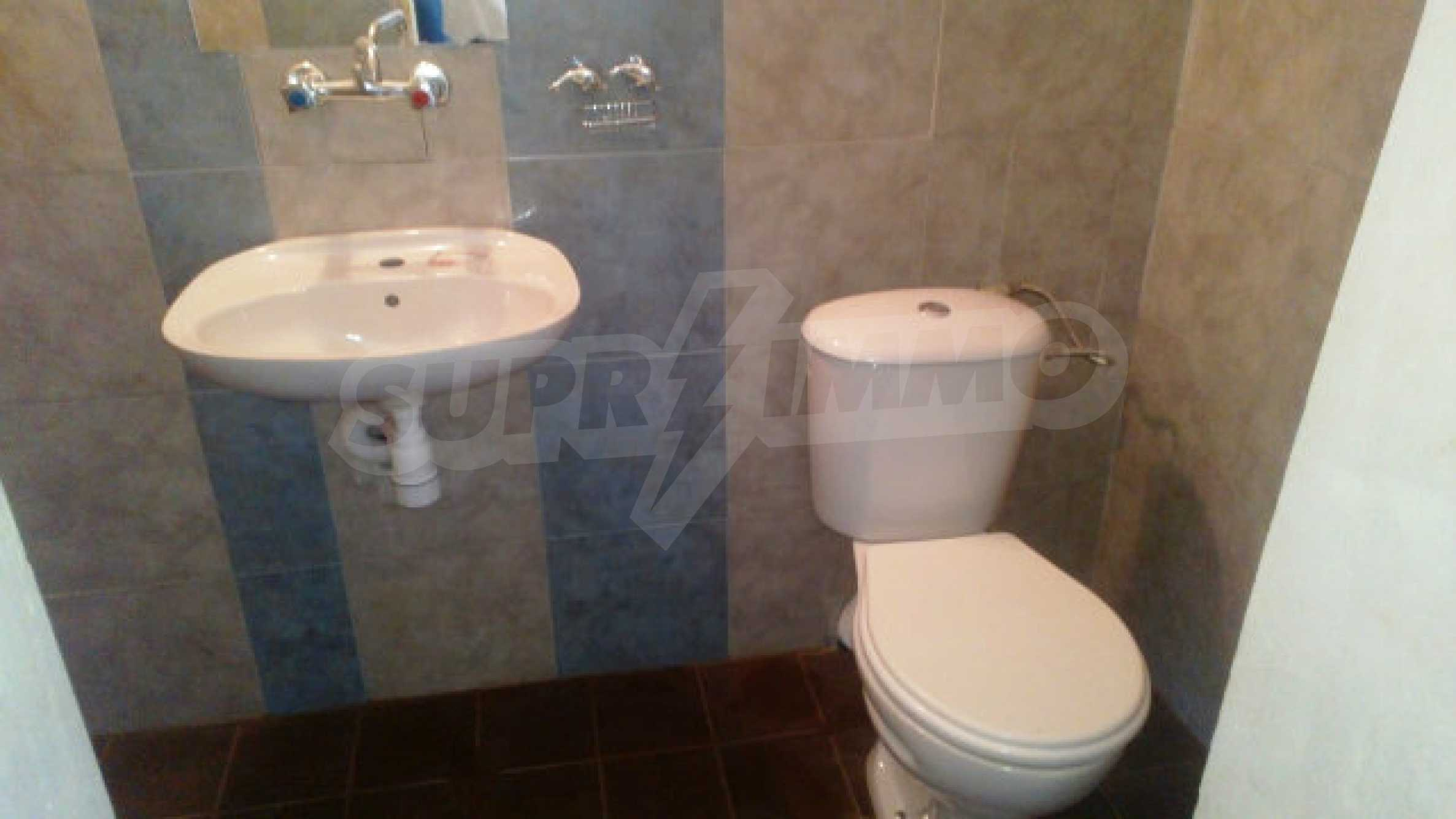 Solid house with a kitchen set 40 km from Vidin 23