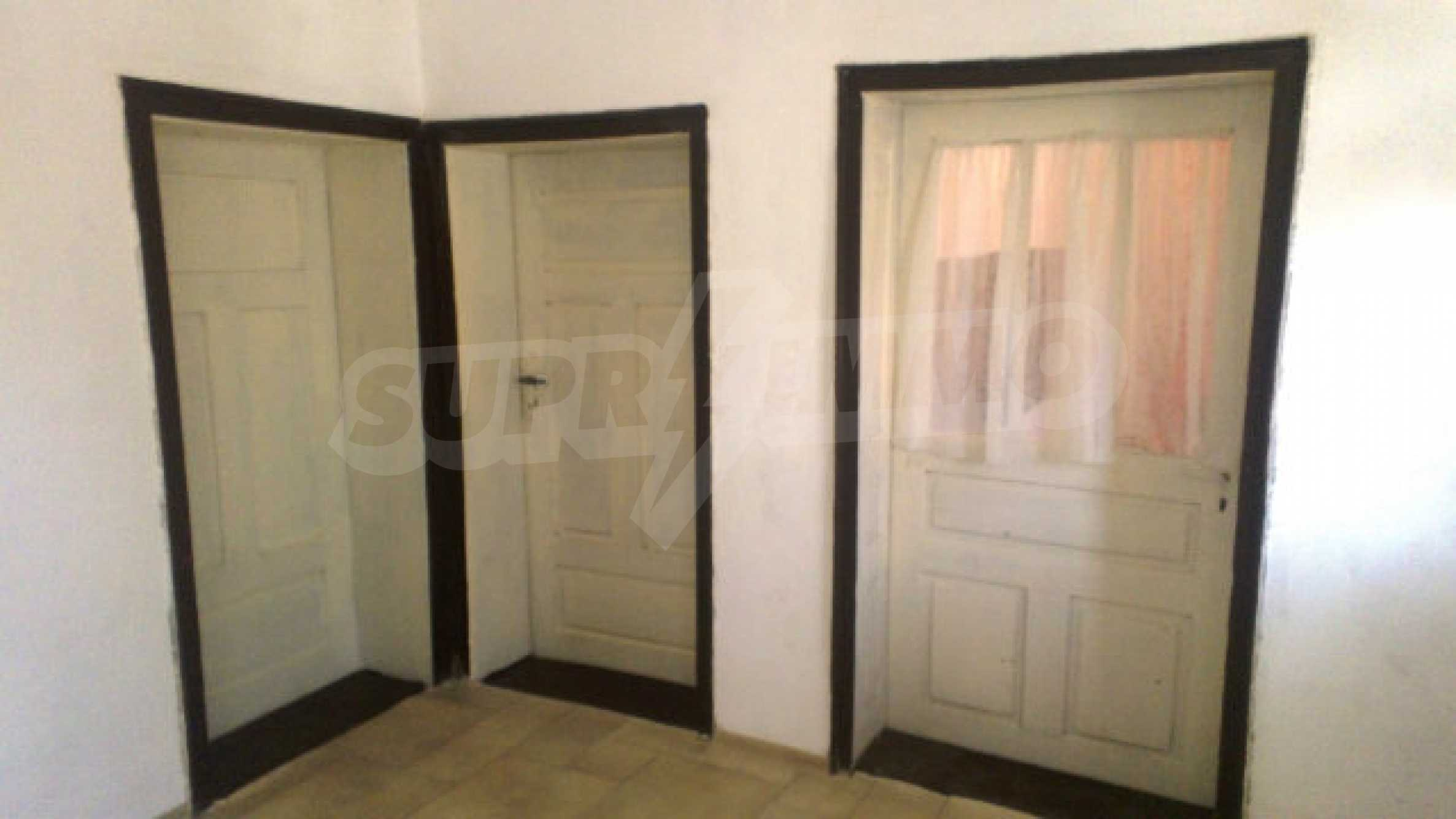 Solid house with a kitchen set 40 km from Vidin 8