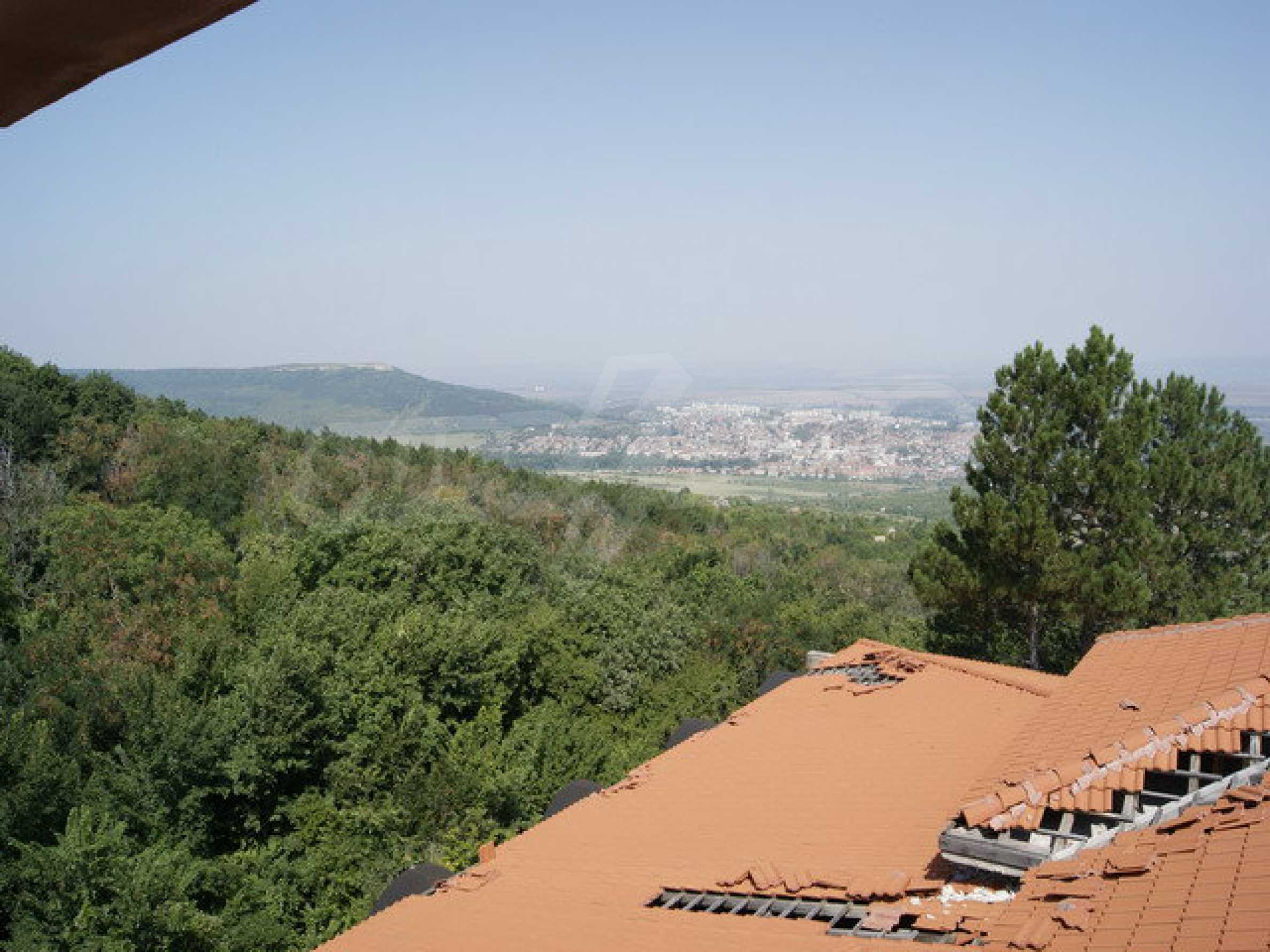Hotel at shell stage with beautiful views near Veliko Tarnovo 13