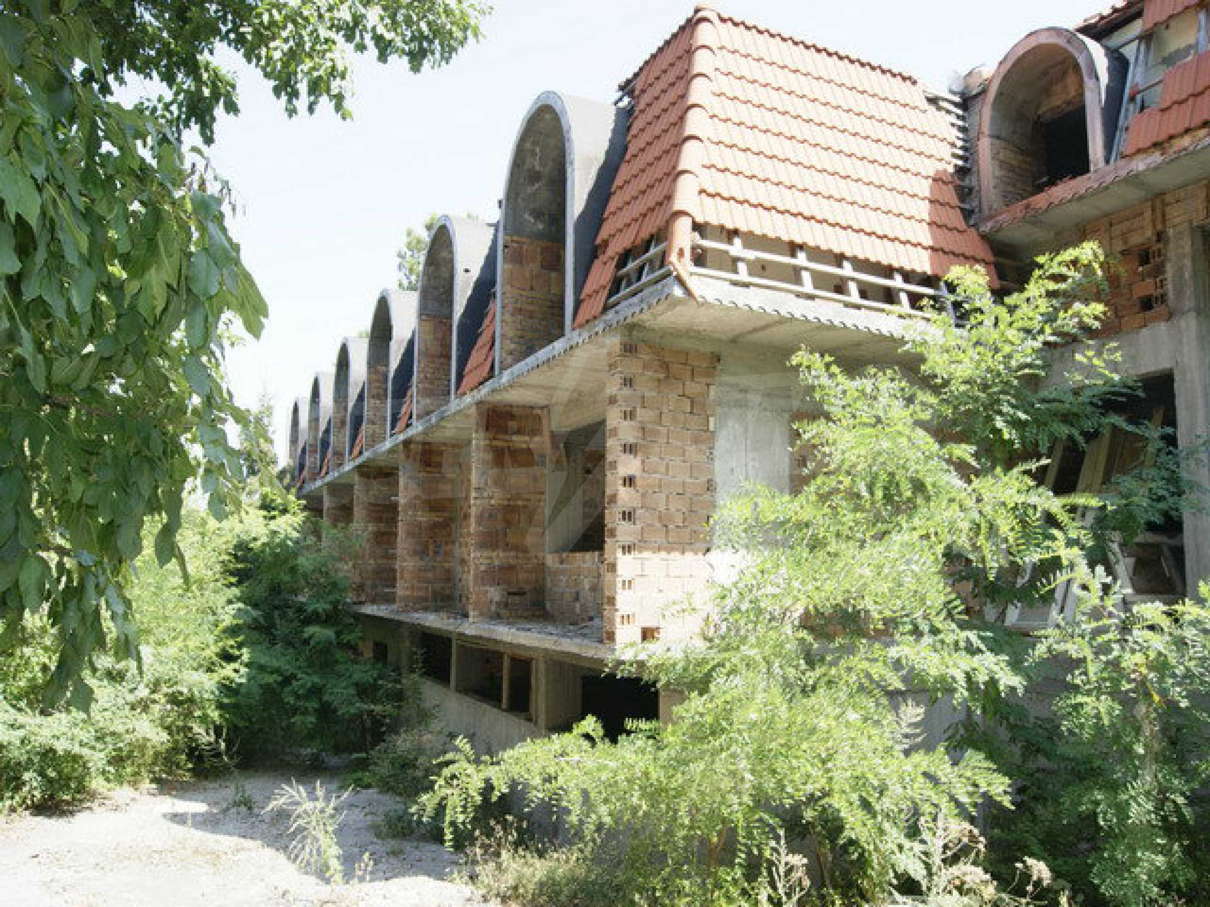Hotel at shell stage with beautiful views near Veliko Tarnovo 17