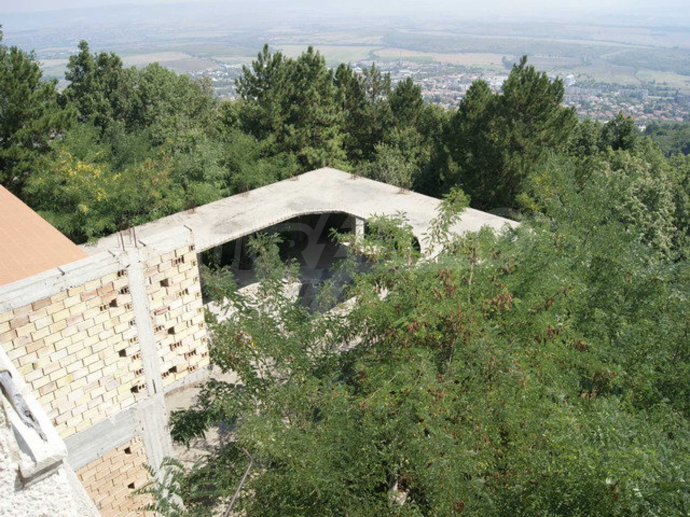 Raues Bauhotel mit herrlicher Aussicht in der Nähe von Veliko Tarnovo 20