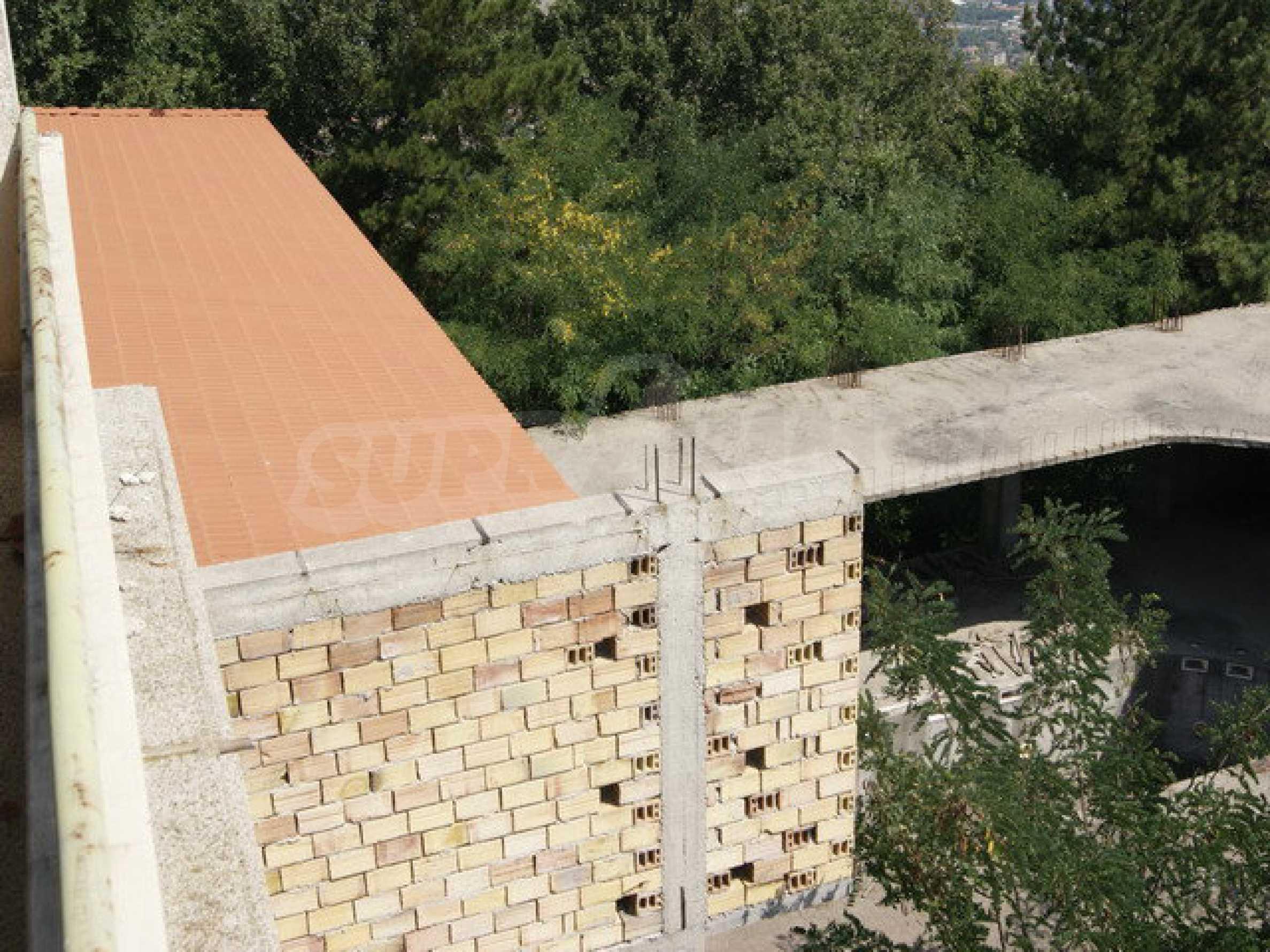 Raues Bauhotel mit herrlicher Aussicht in der Nähe von Veliko Tarnovo 21