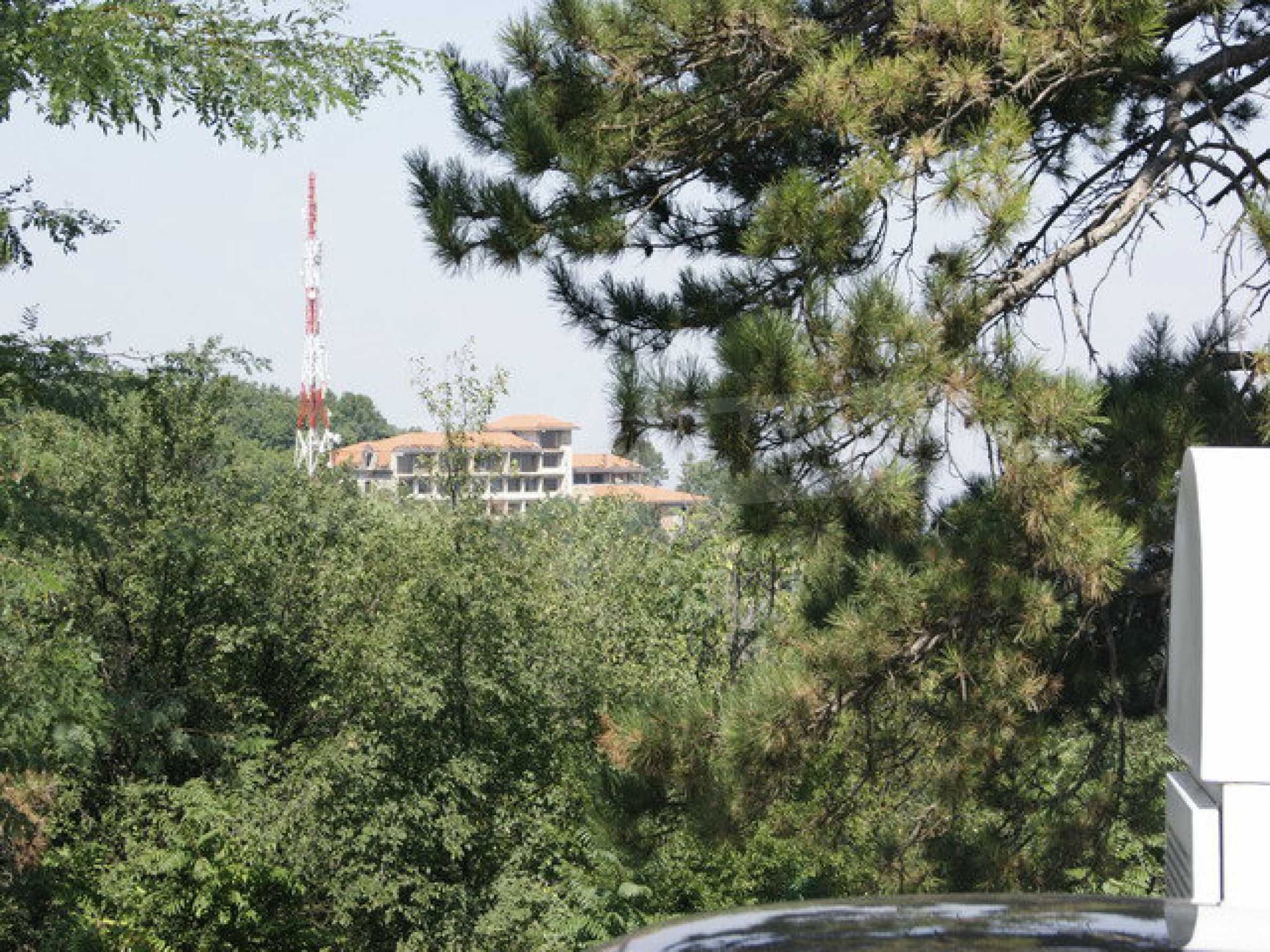 Hotel at shell stage with beautiful views near Veliko Tarnovo 22