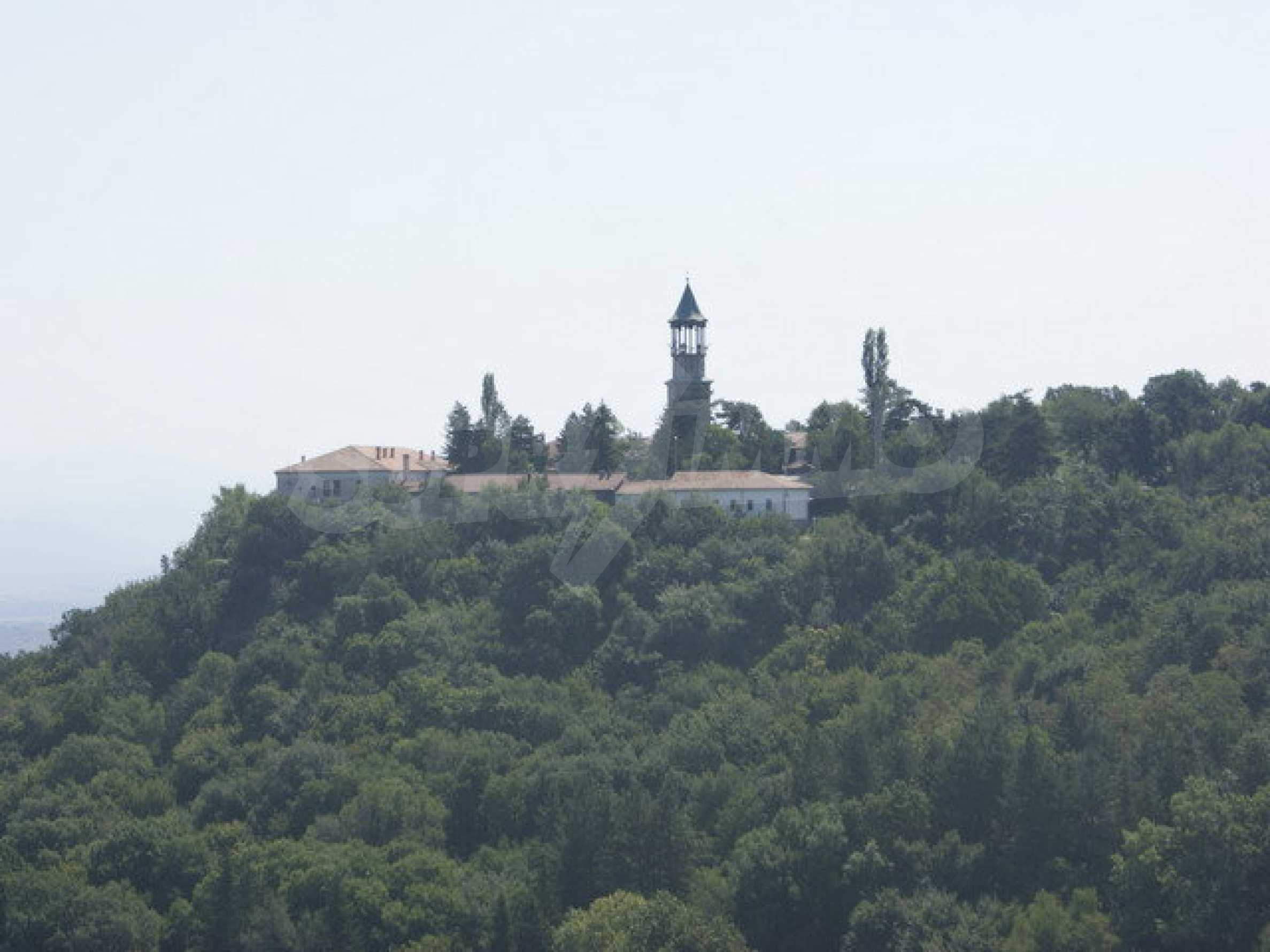 Hotel at shell stage with beautiful views near Veliko Tarnovo 26