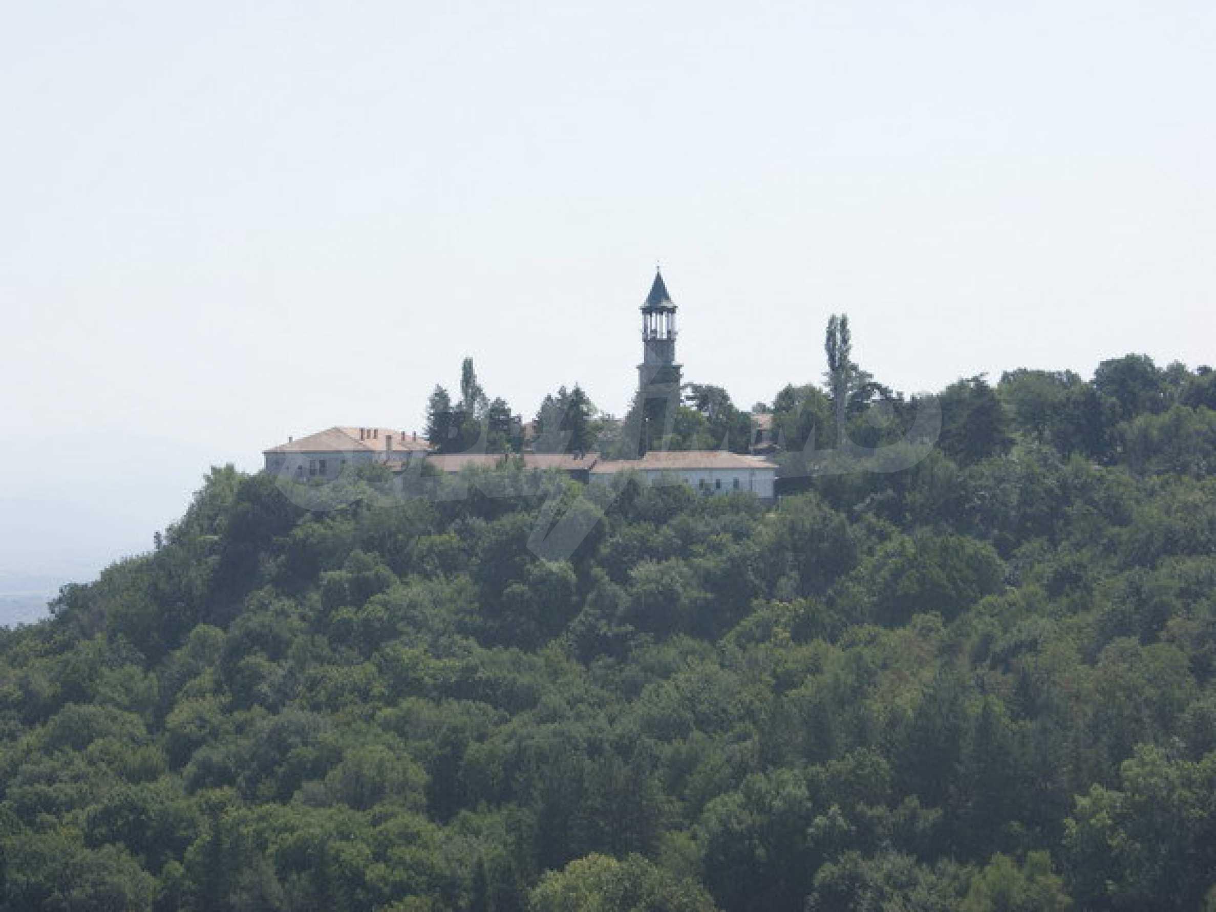 Raues Bauhotel mit herrlicher Aussicht in der Nähe von Veliko Tarnovo 26