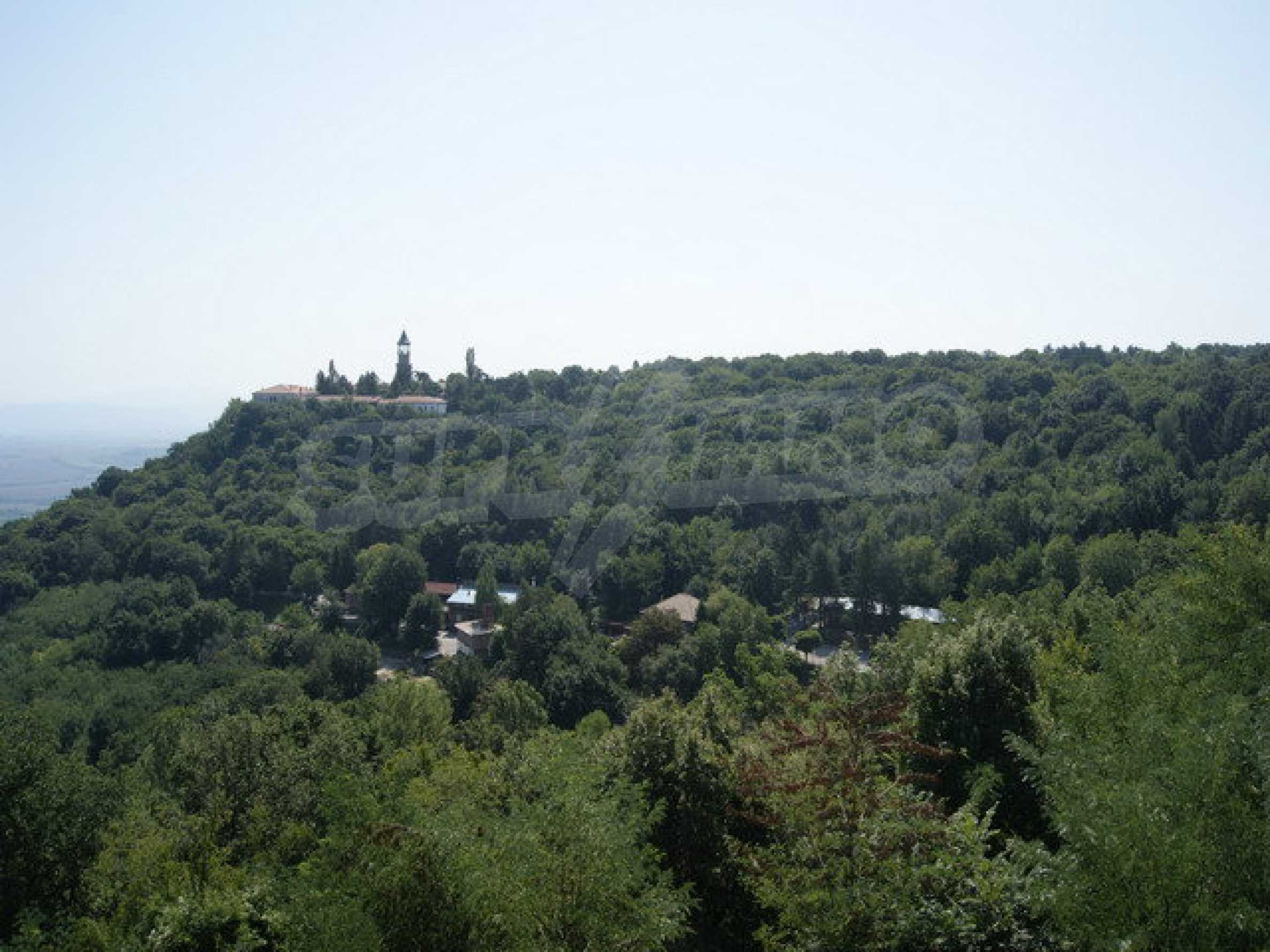 Hotel at shell stage with beautiful views near Veliko Tarnovo 35