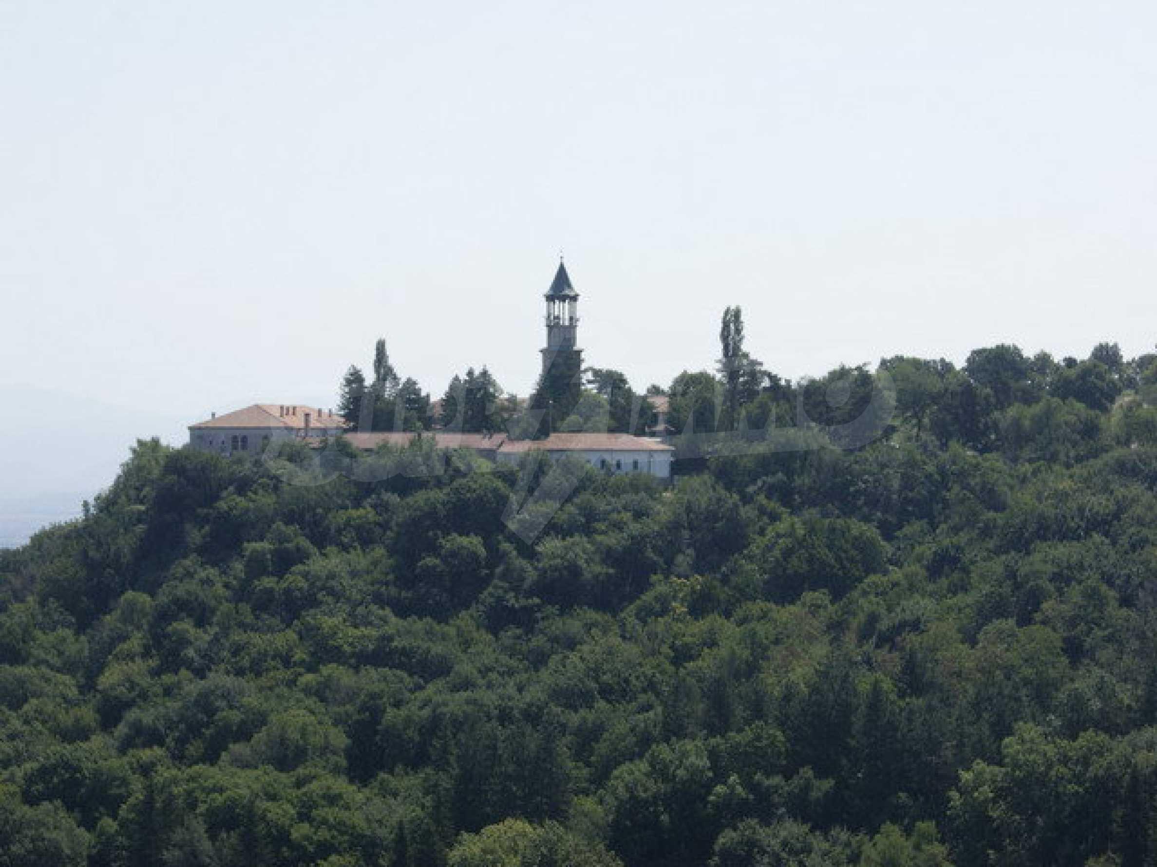 Raues Bauhotel mit herrlicher Aussicht in der Nähe von Veliko Tarnovo 39