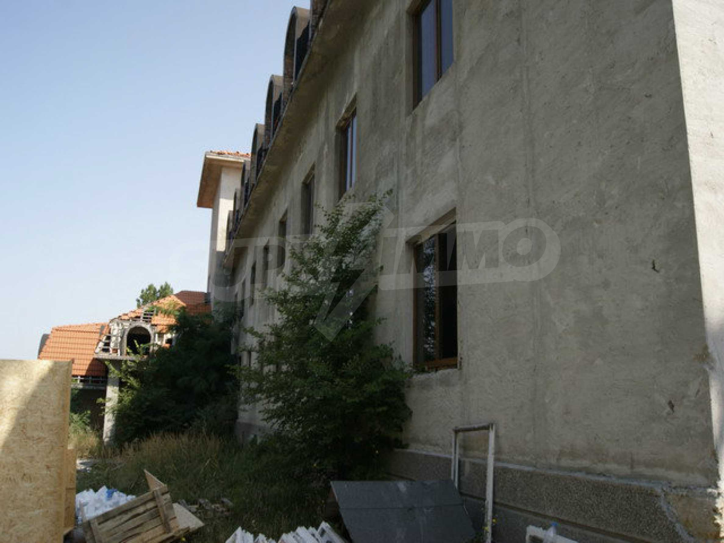 Hotel at shell stage with beautiful views near Veliko Tarnovo 5