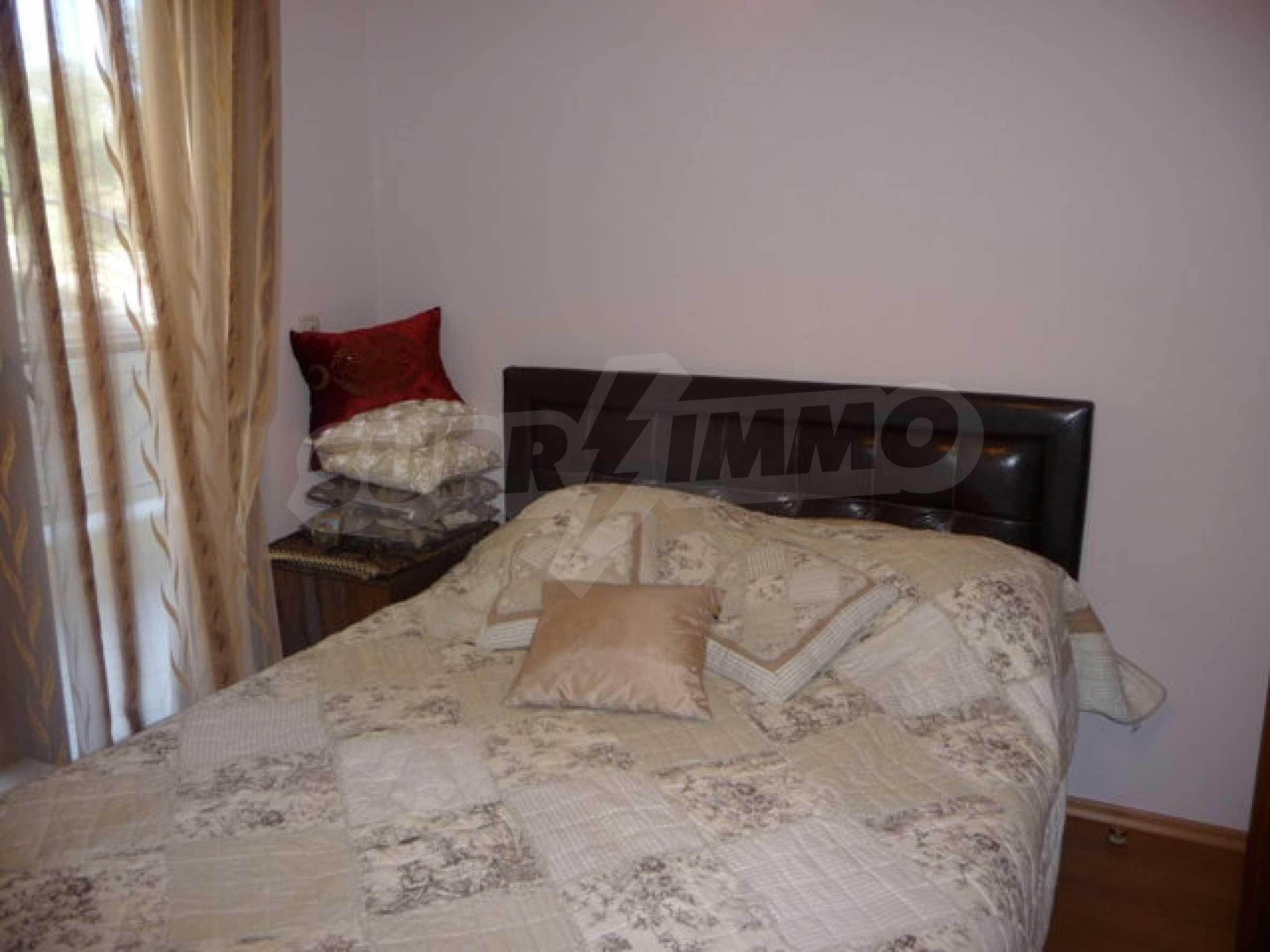 Apartment mit einem Schlafzimmer neben dem Evksinovgrad-Palast 19