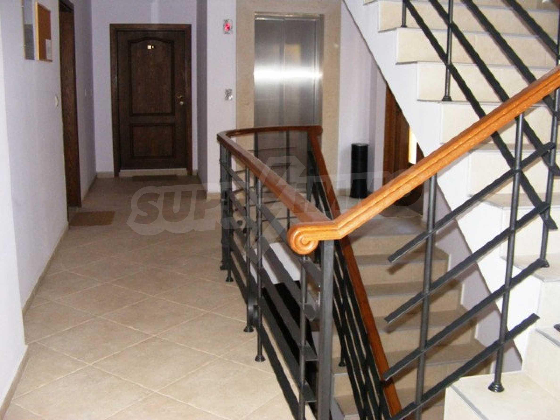 Apartment mit einem Schlafzimmer neben dem Evksinovgrad-Palast 27