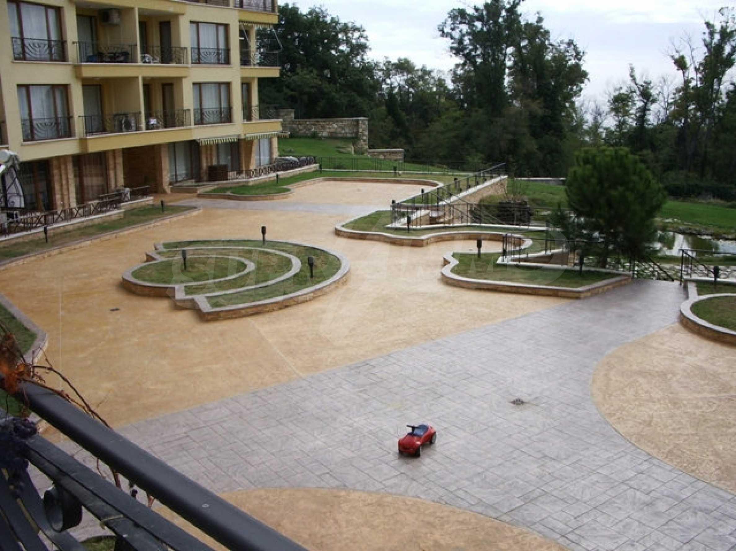 Apartment mit einem Schlafzimmer neben dem Evksinovgrad-Palast 5