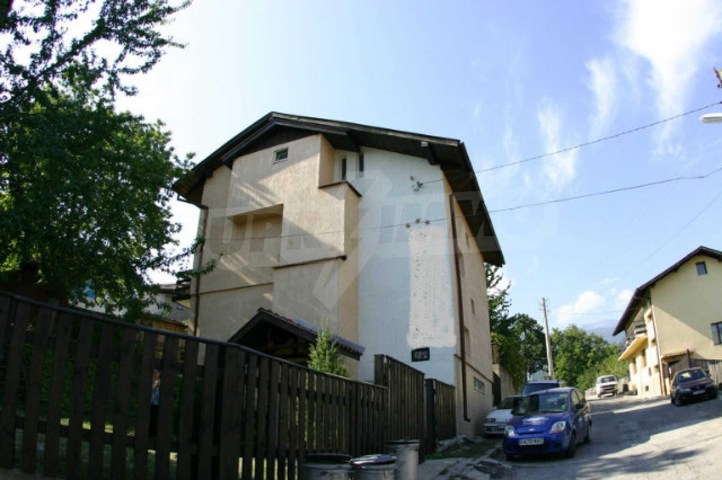 Familienhotel zum Verkauf in Dobrinischte, 6 km von Bansko entfernt