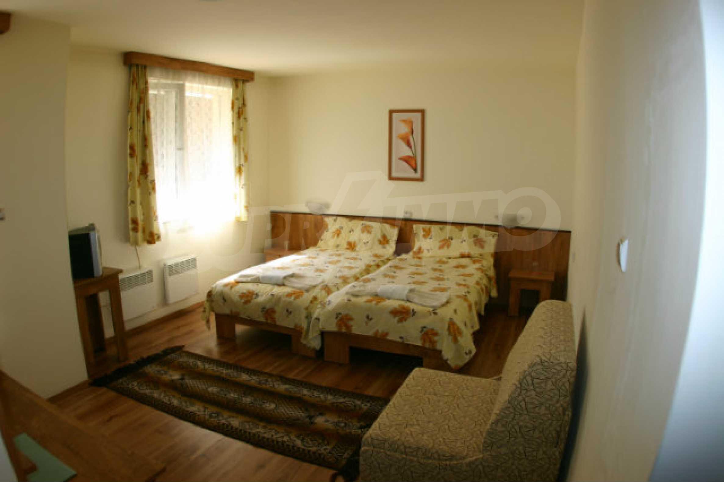 Familienhotel zum Verkauf in Dobrinischte, 6 km von Bansko entfernt 12