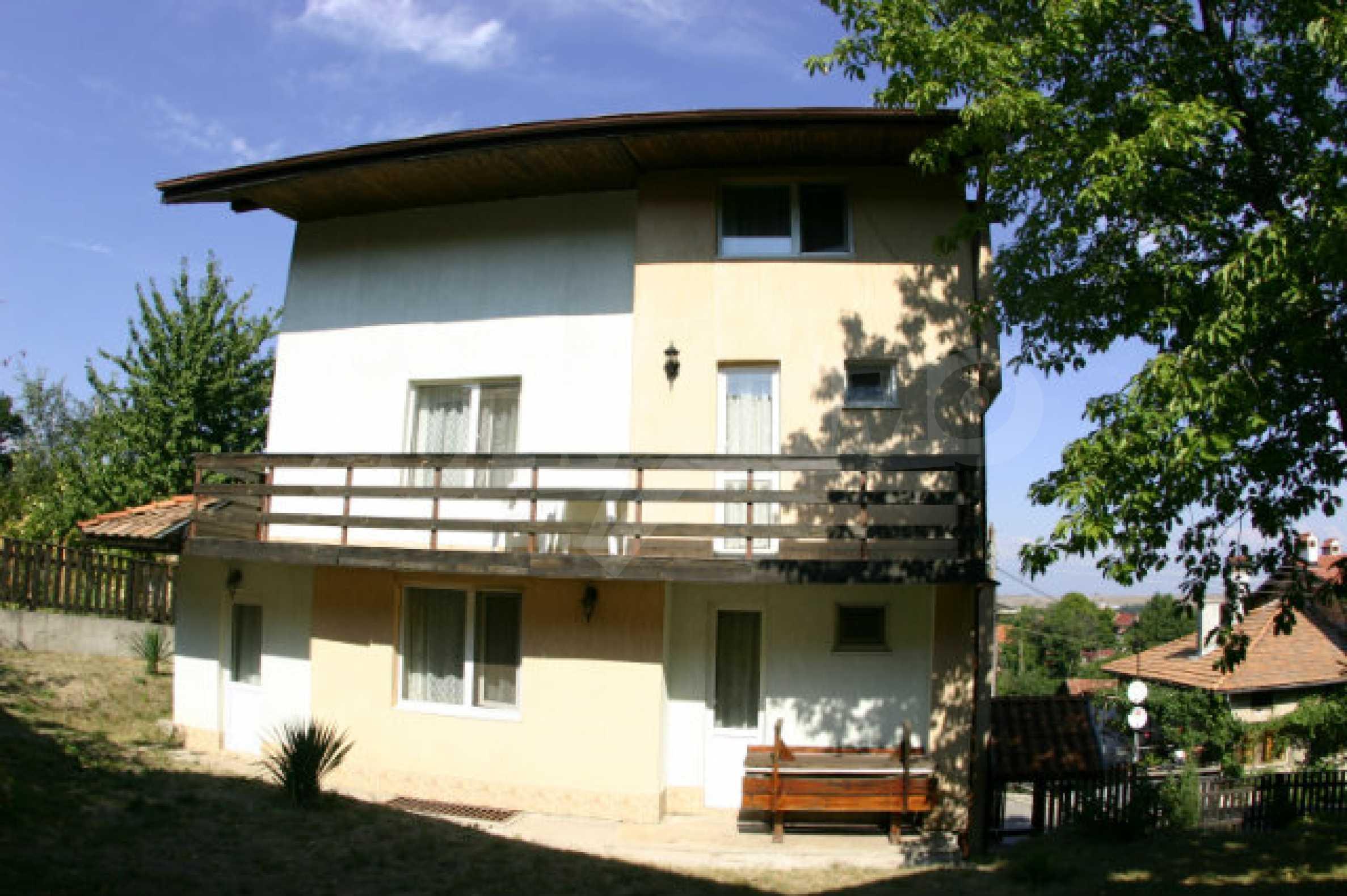 Familienhotel zum Verkauf in Dobrinischte, 6 km von Bansko entfernt 1