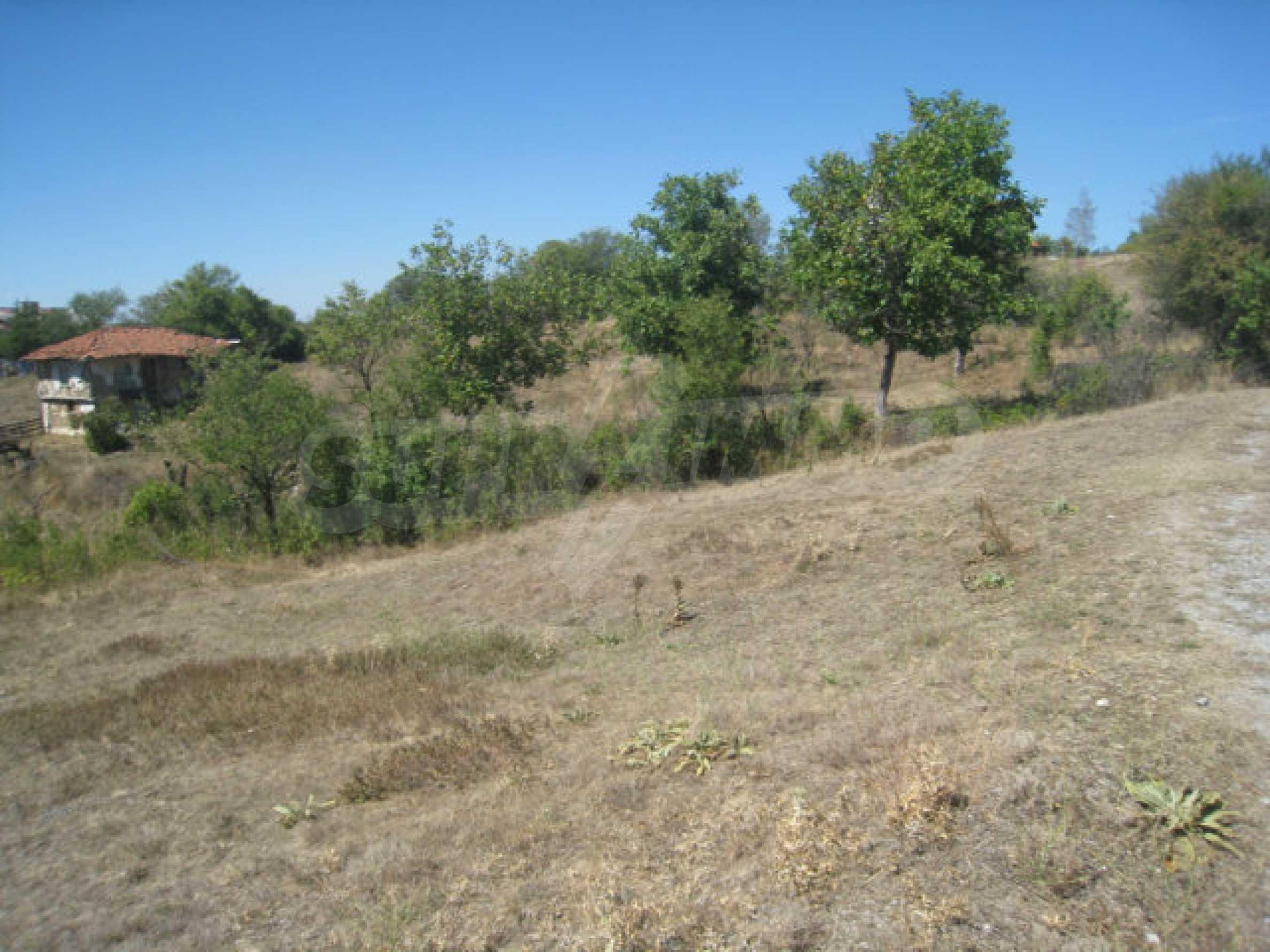 Geregeltes Baugrundstück in einem Dorf in der Nähe von Elin Pelin 19