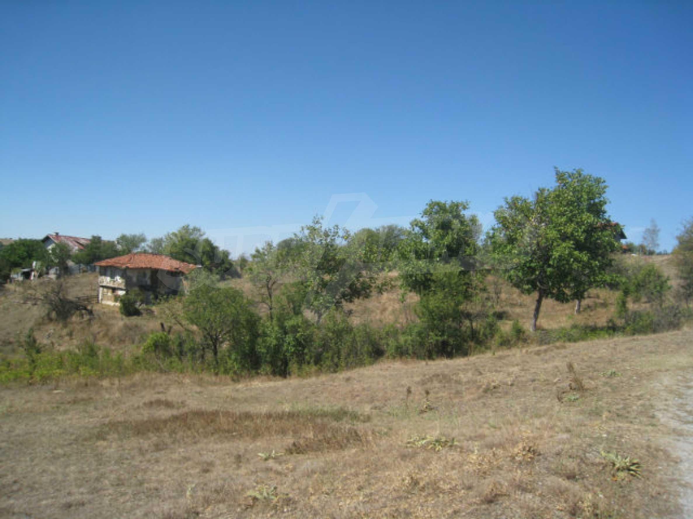 Geregeltes Baugrundstück in einem Dorf in der Nähe von Elin Pelin 20