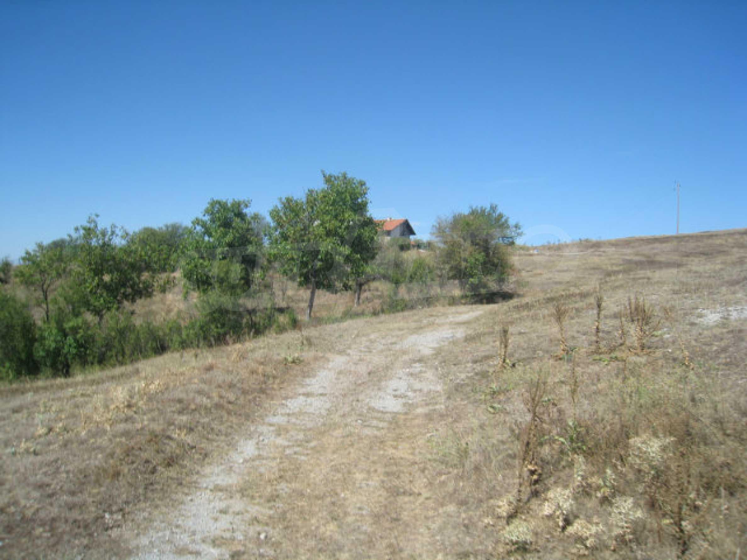 Geregeltes Baugrundstück in einem Dorf in der Nähe von Elin Pelin 22
