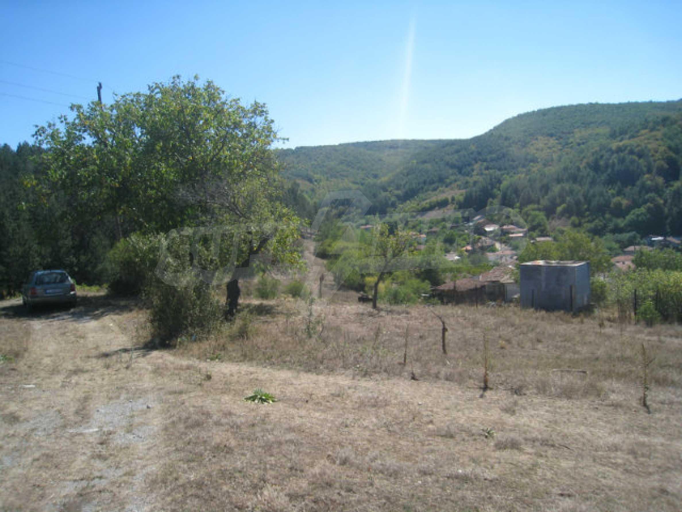 Geregeltes Baugrundstück in einem Dorf in der Nähe von Elin Pelin 24