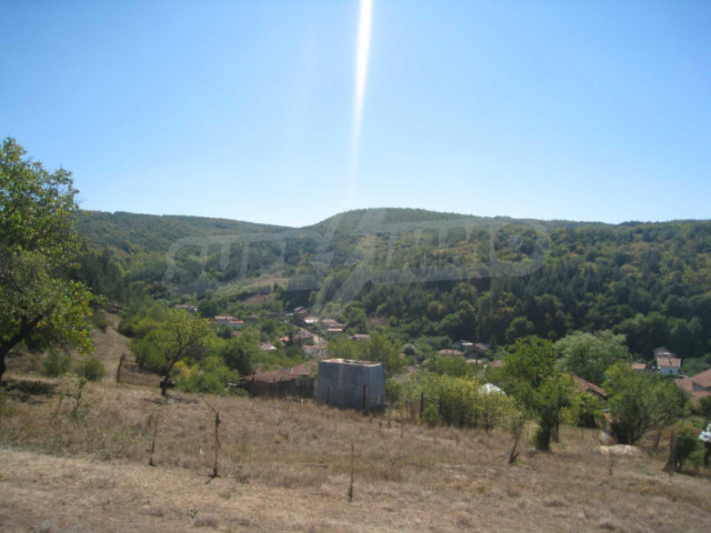 Geregeltes Baugrundstück in einem Dorf in der Nähe von Elin Pelin 5