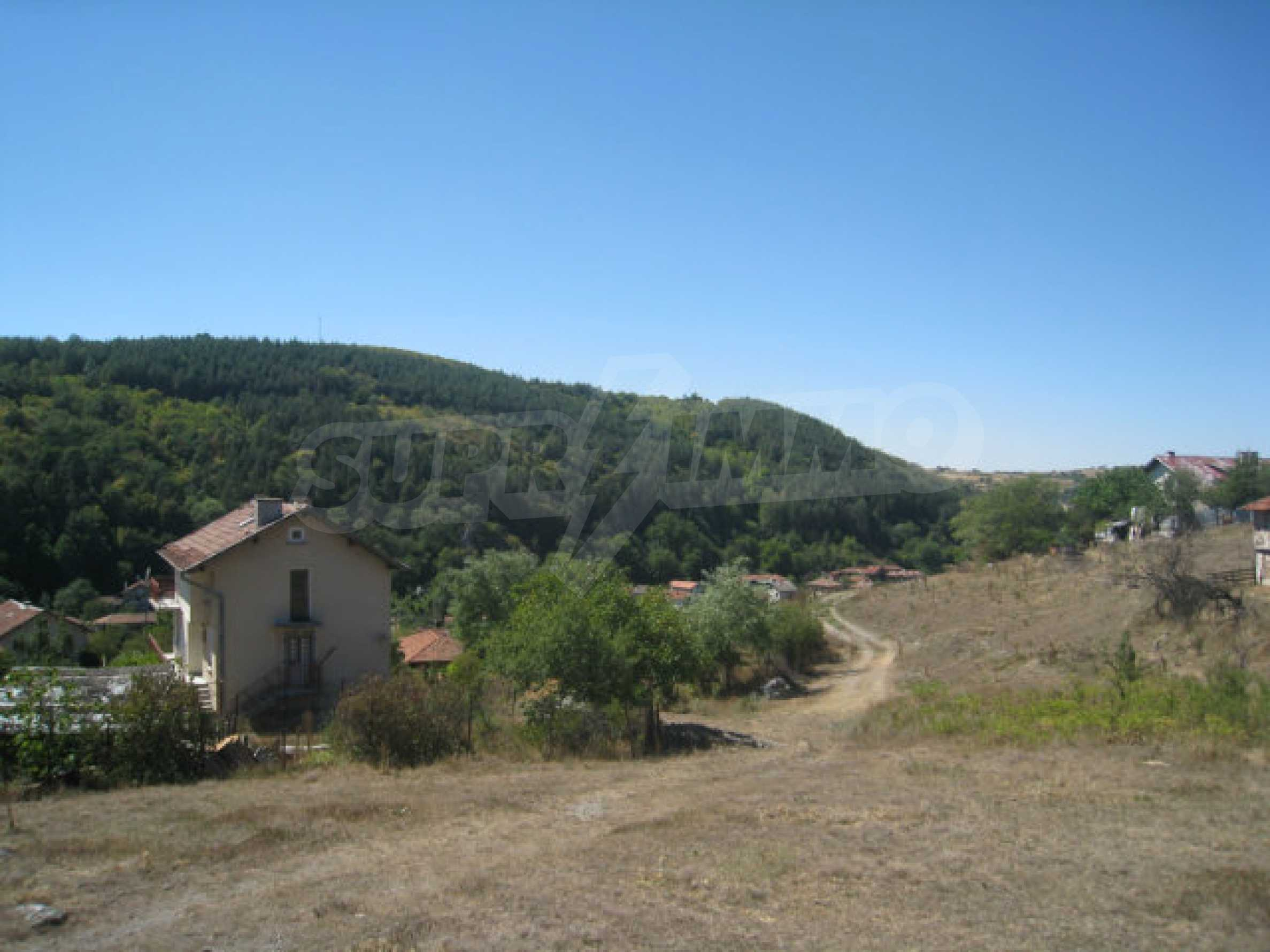 Geregeltes Baugrundstück in einem Dorf in der Nähe von Elin Pelin 7