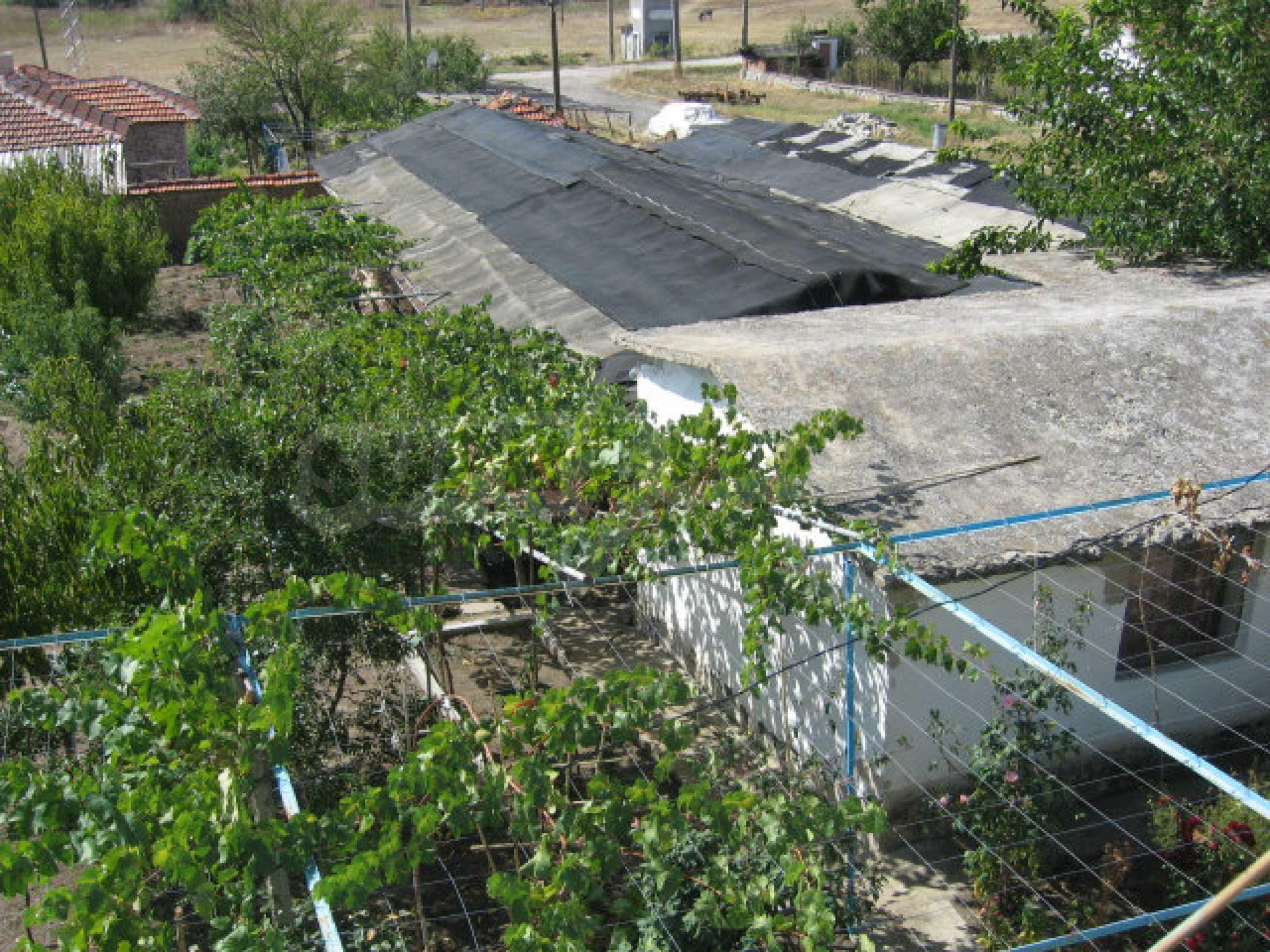 Großes und solides Haus mit einem Garten in einer schönen ländlichen Gegend in der Nähe von Topolovgrad und Elhovo 19