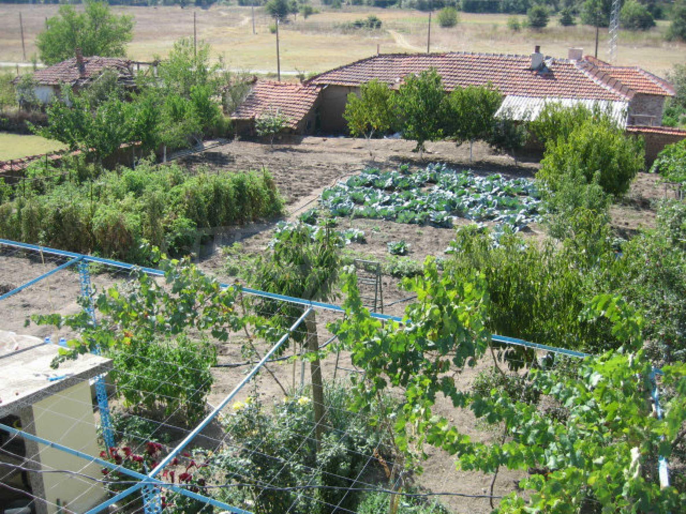 Großes und solides Haus mit einem Garten in einer schönen ländlichen Gegend in der Nähe von Topolovgrad und Elhovo 22