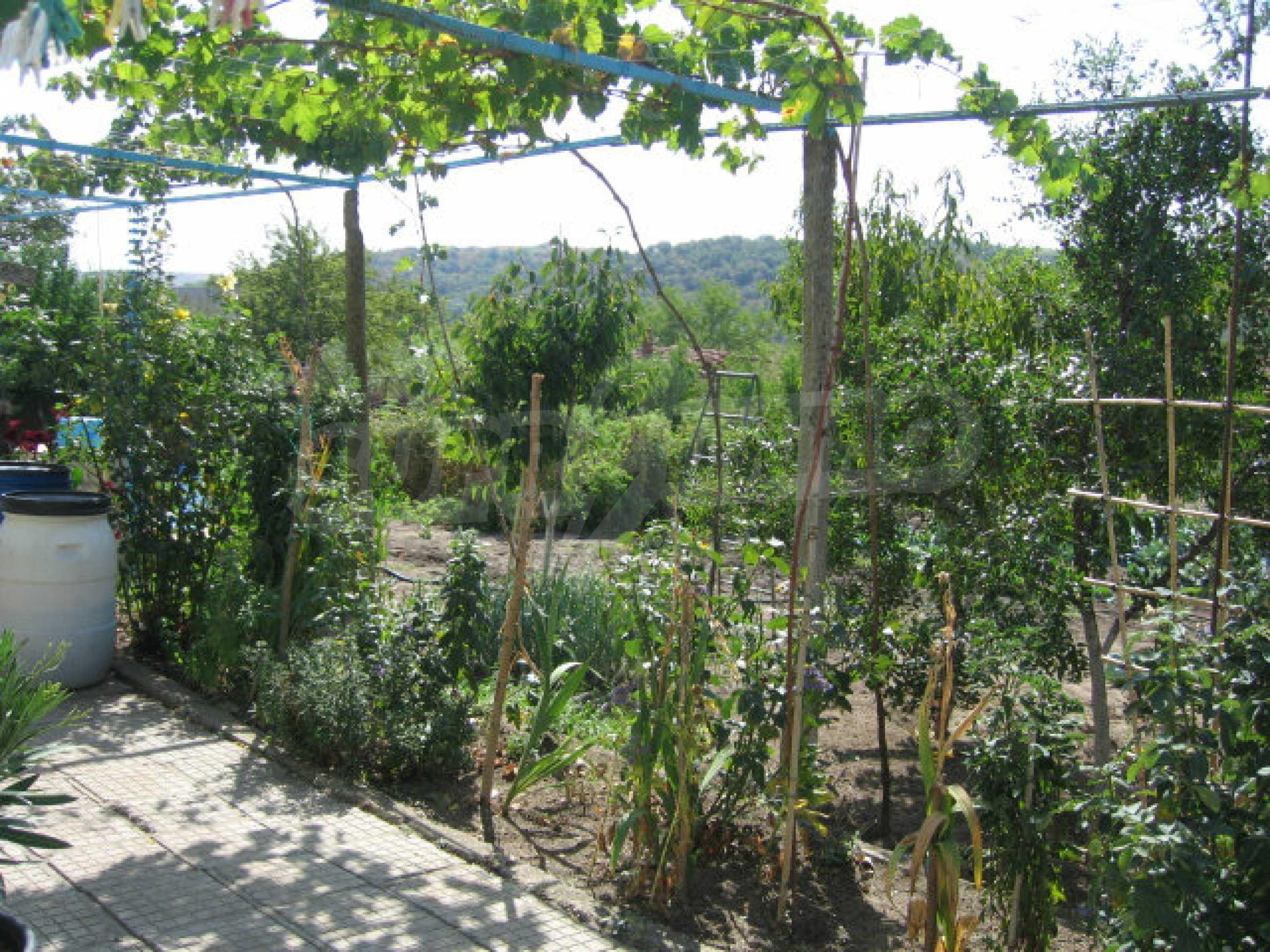 Großes und solides Haus mit einem Garten in einer schönen ländlichen Gegend in der Nähe von Topolovgrad und Elhovo 26