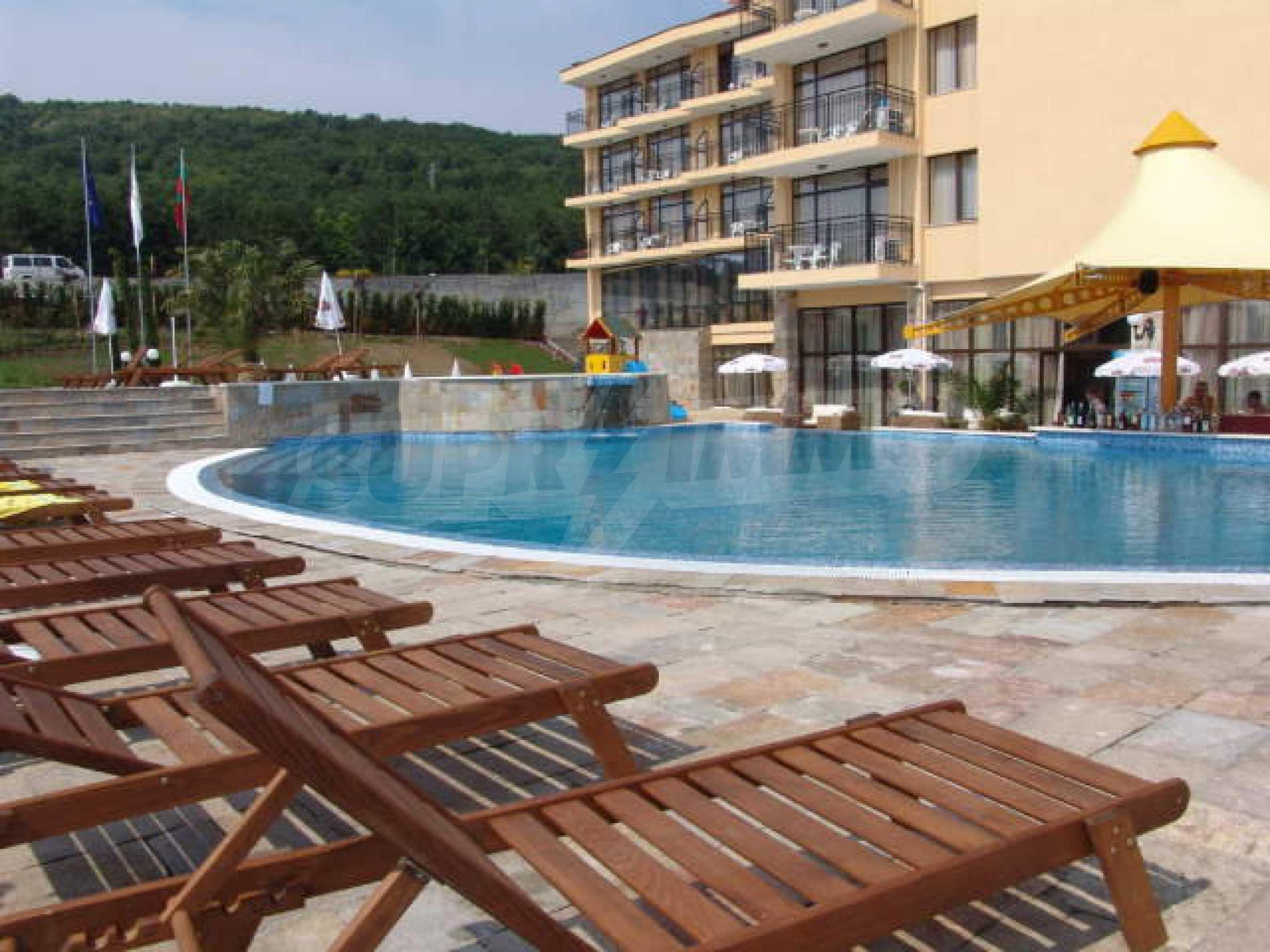 Ein-Zimmer-Wohnung in Caesar Palace Komplex in Sveti Vlas 10