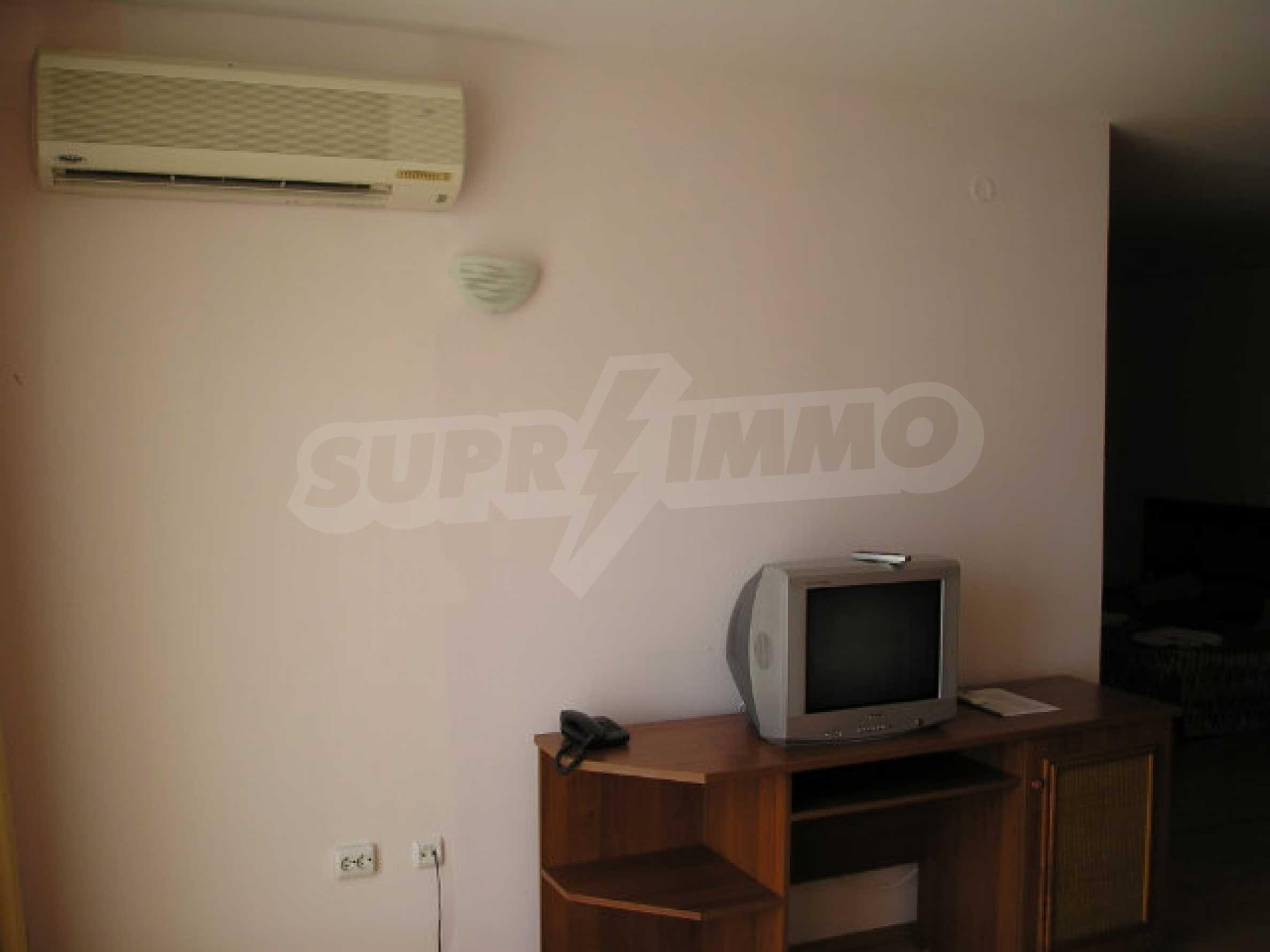 Ein-Zimmer-Wohnung in Caesar Palace Komplex in Sveti Vlas 21