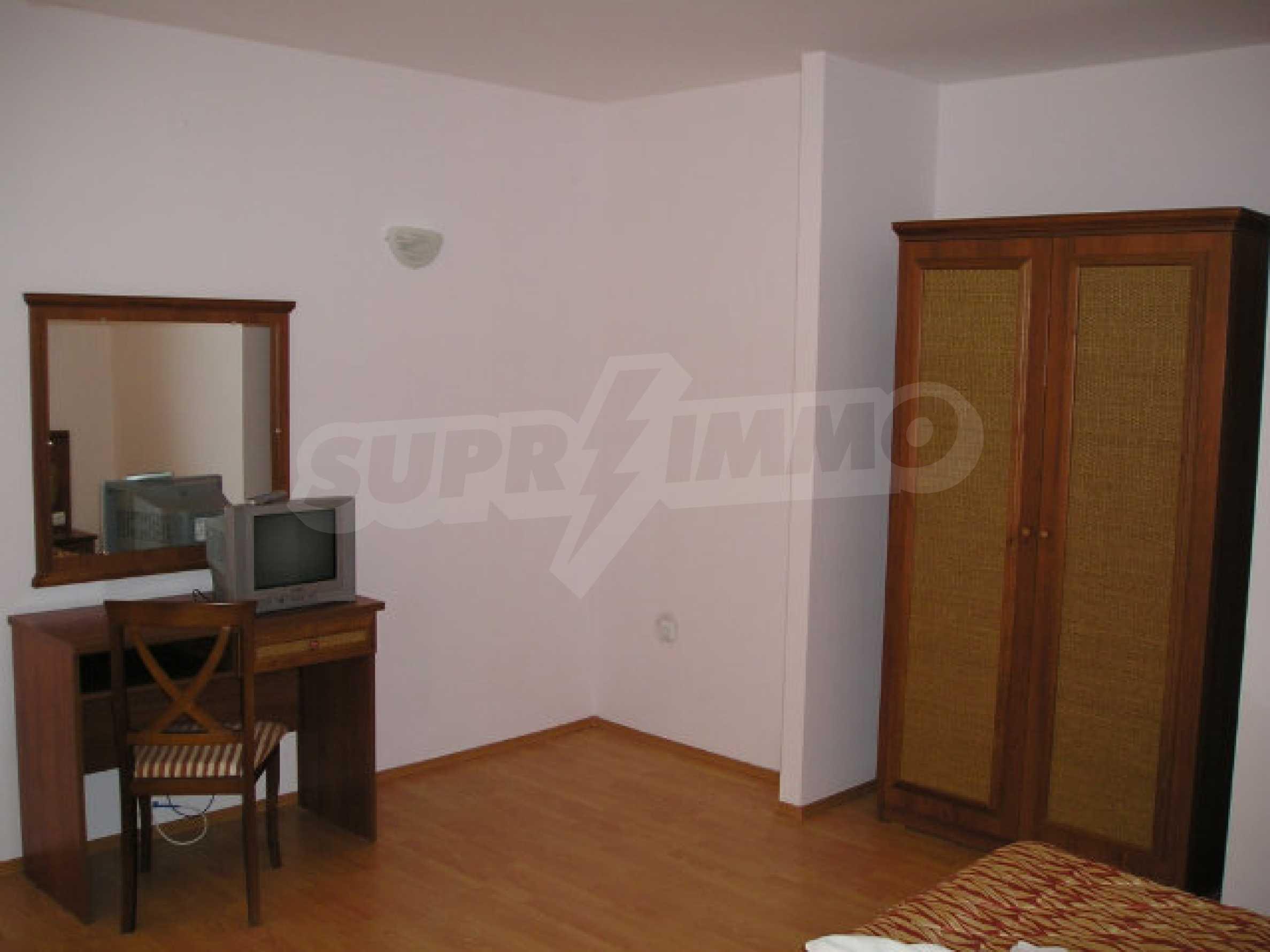 Ein-Zimmer-Wohnung in Caesar Palace Komplex in Sveti Vlas 23