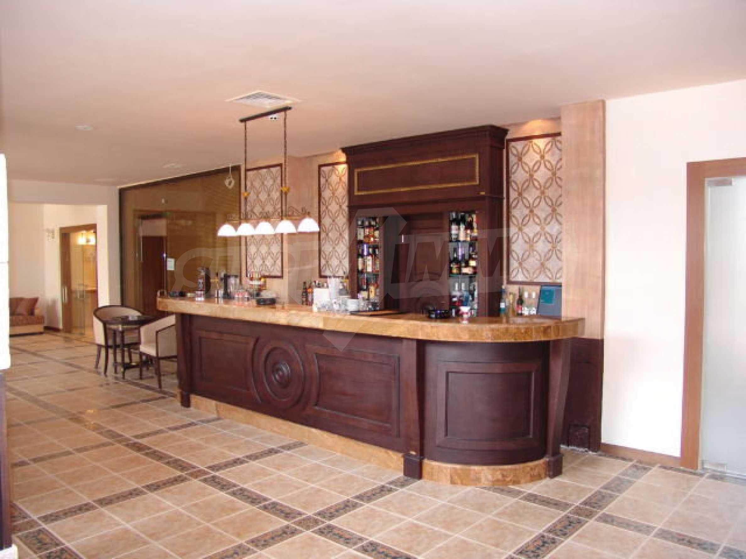 Ein-Zimmer-Wohnung in Caesar Palace Komplex in Sveti Vlas 4