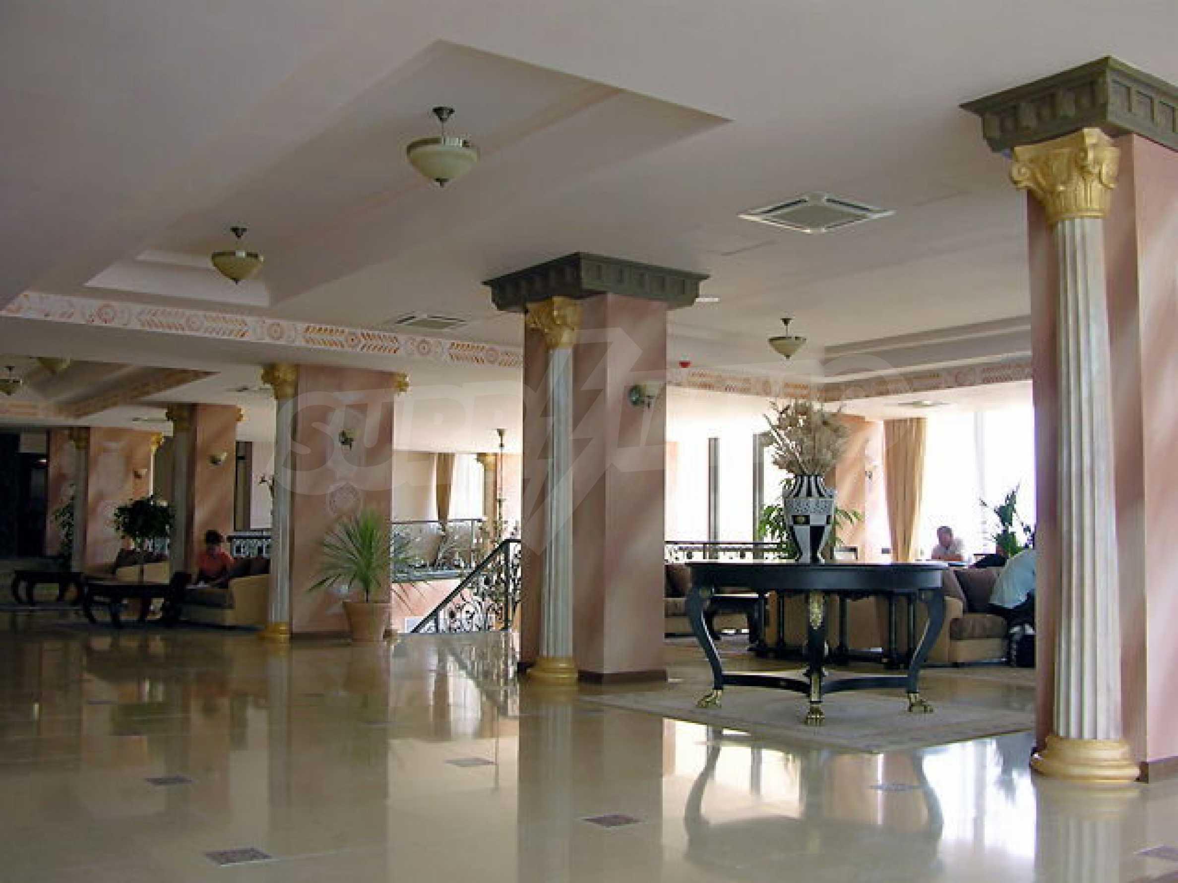 Ein-Zimmer-Wohnung in Caesar Palace Komplex in Sveti Vlas 5