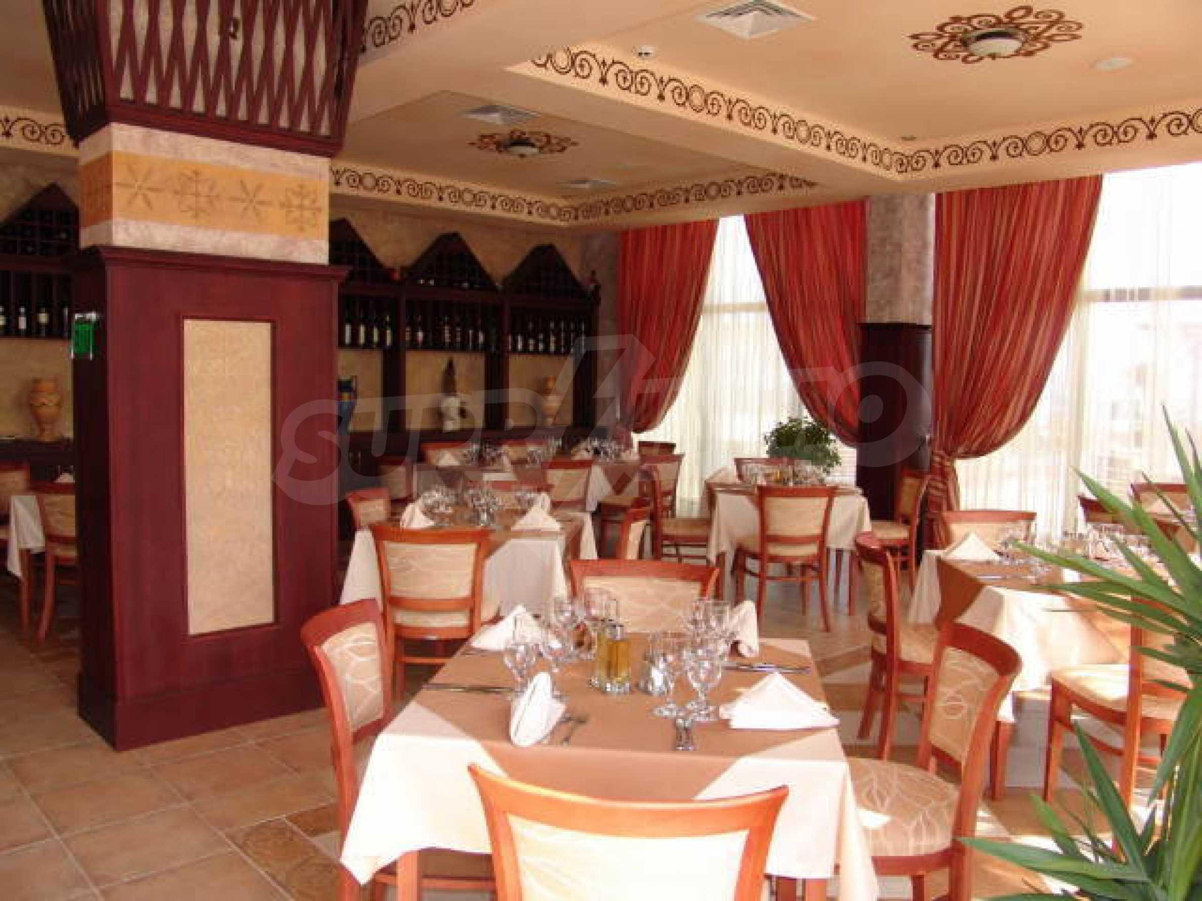 Ein-Zimmer-Wohnung in Caesar Palace Komplex in Sveti Vlas 7