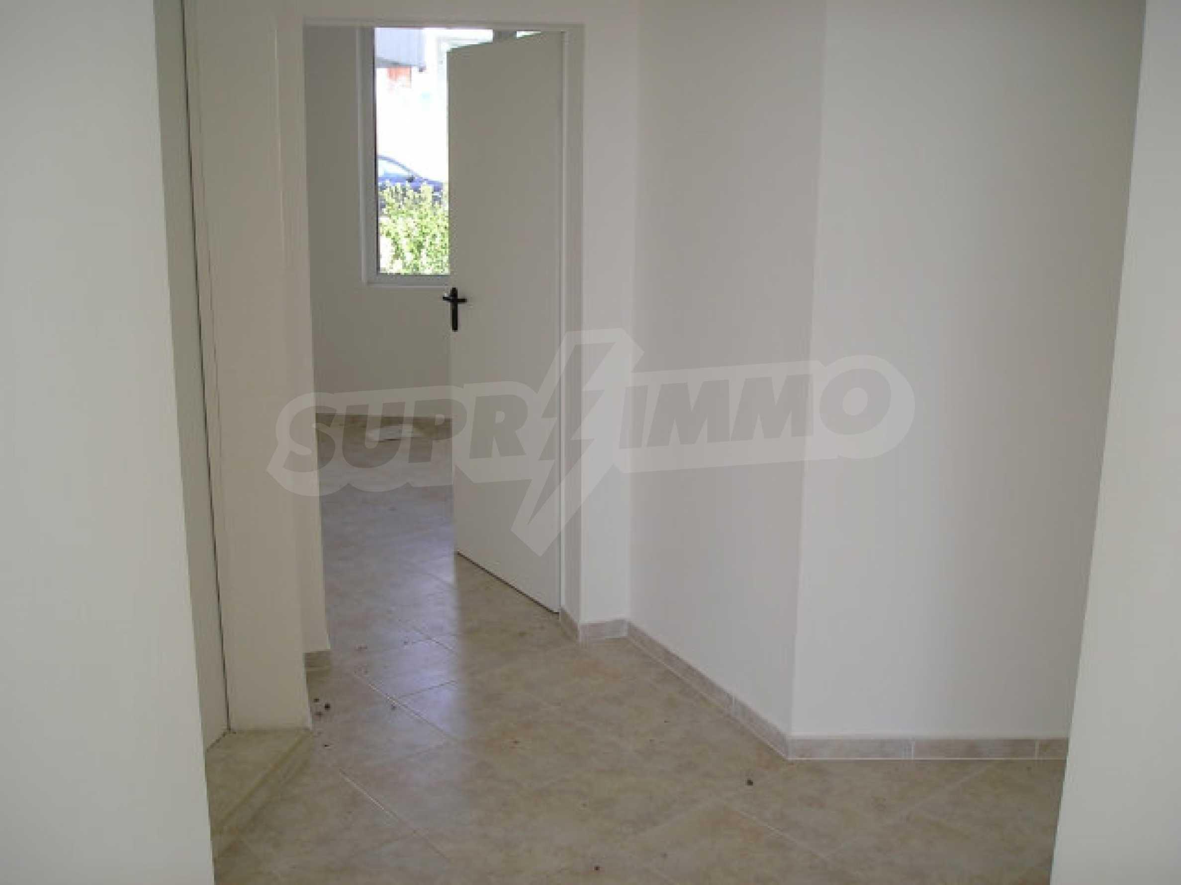 One-bedroom apartment in Sunset Apartments in Kosharitsa 15