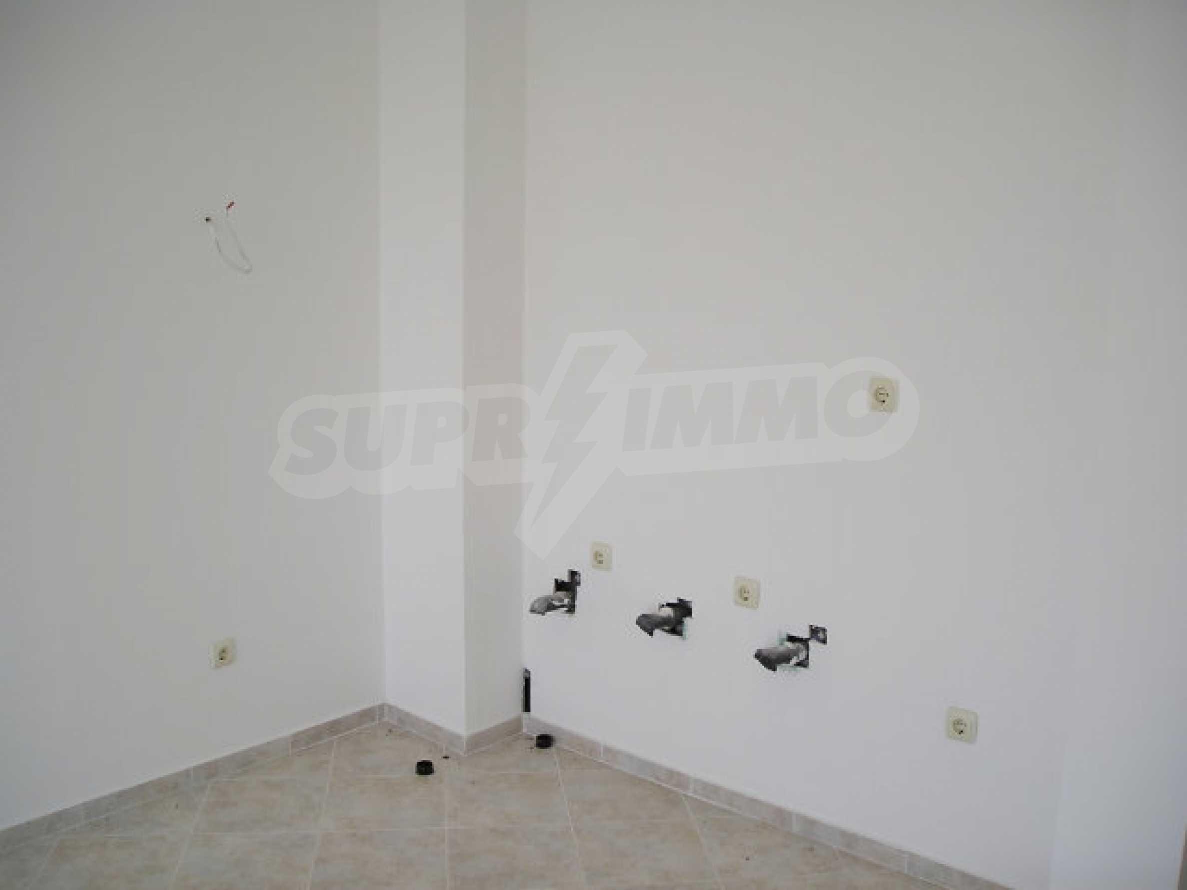 One-bedroom apartment in Sunset Apartments in Kosharitsa 18