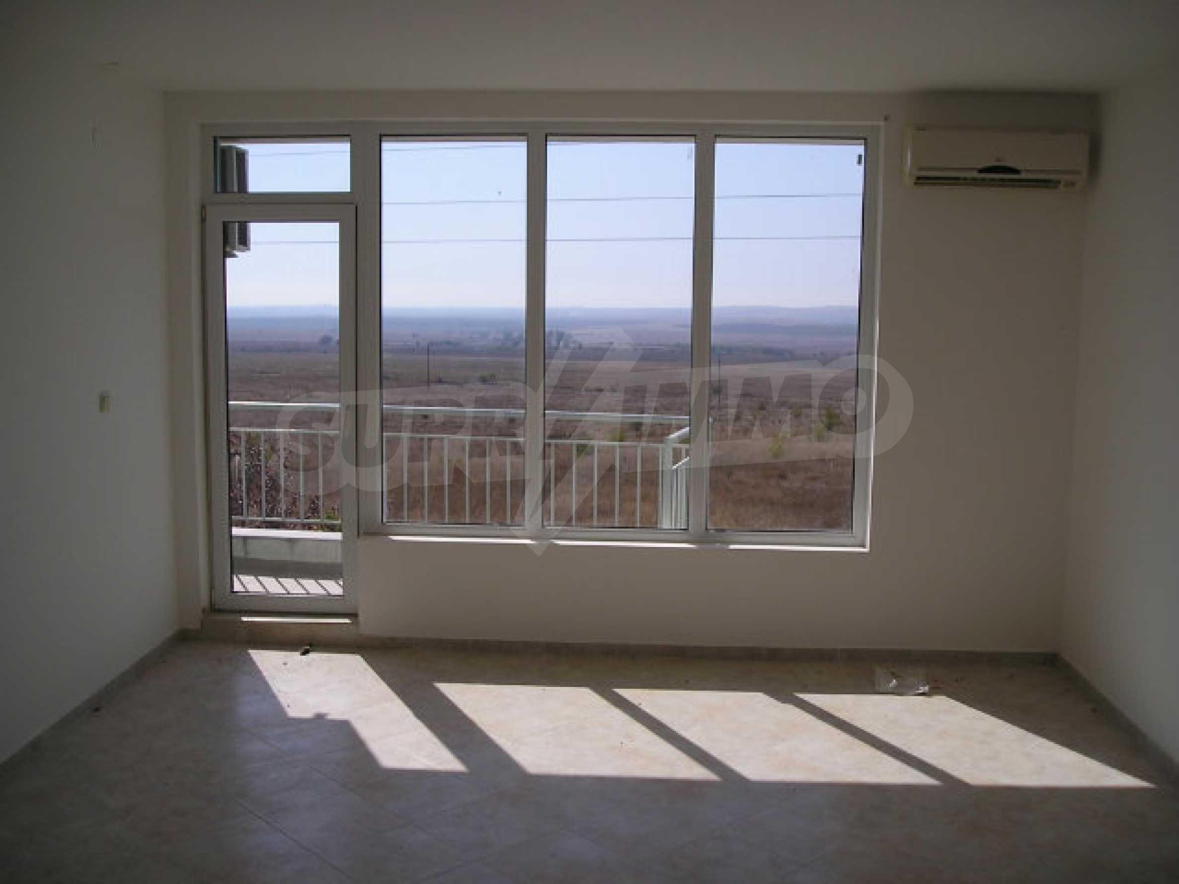 One-bedroom apartment in Sunset Apartments in Kosharitsa 19