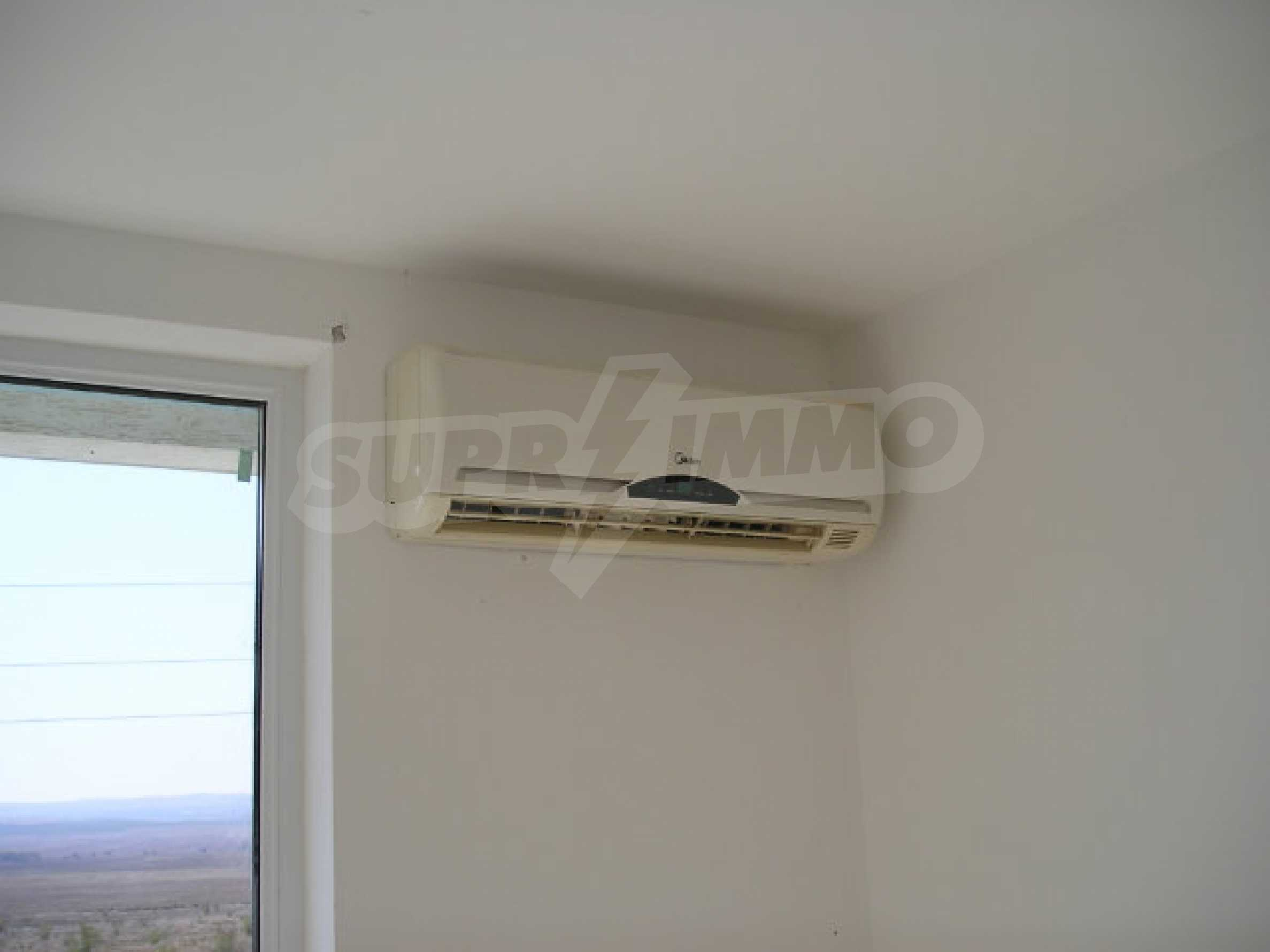 One-bedroom apartment in Sunset Apartments in Kosharitsa 20