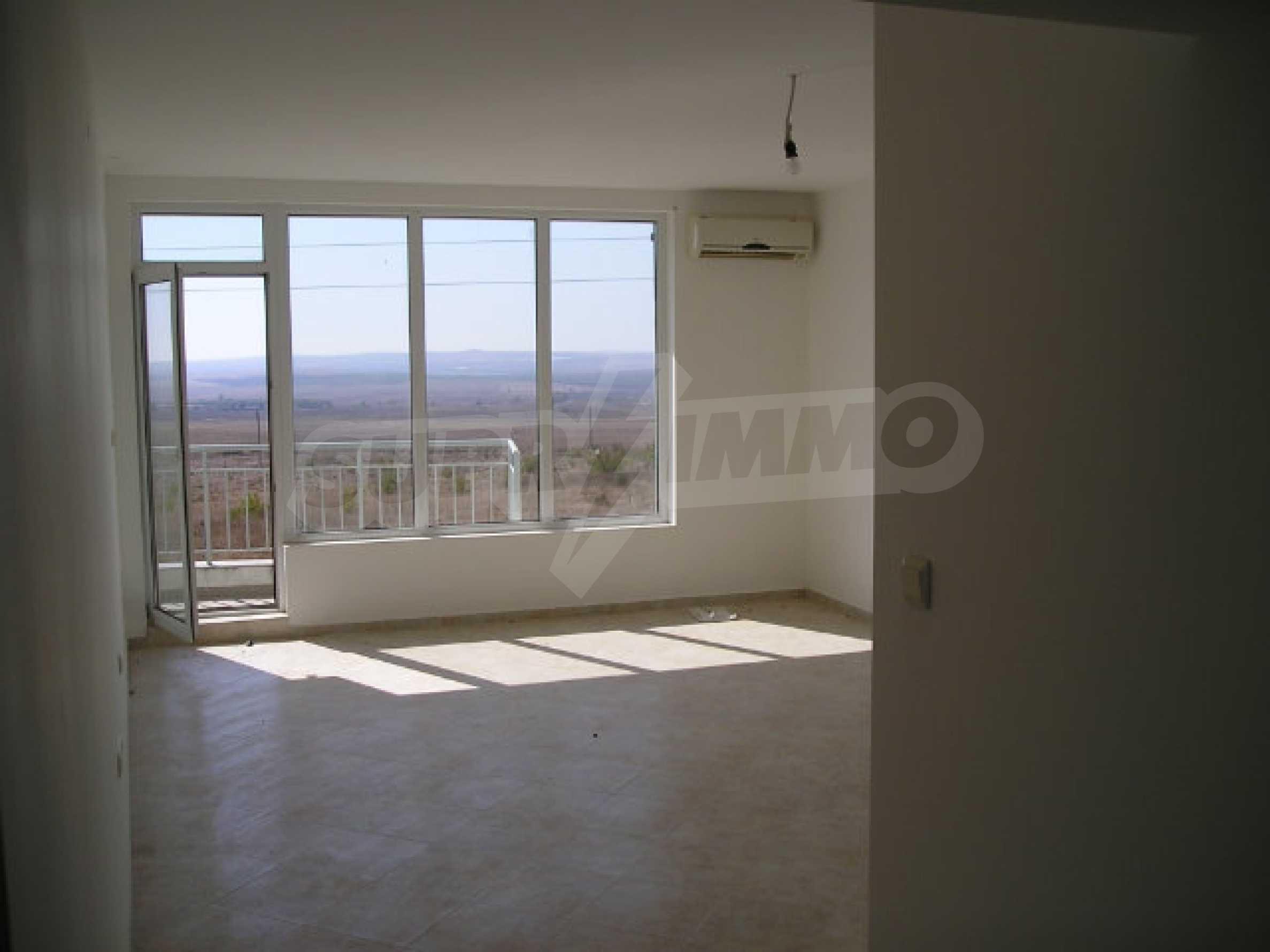 One-bedroom apartment in Sunset Apartments in Kosharitsa 21