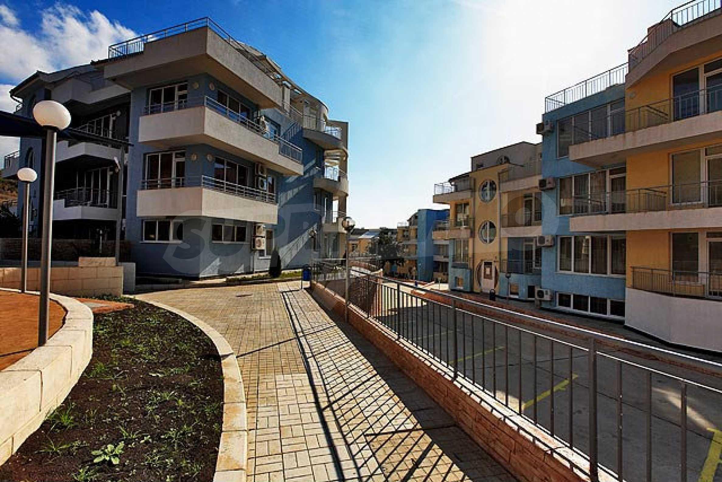 One-bedroom apartment in Sunset Apartments in Kosharitsa 4