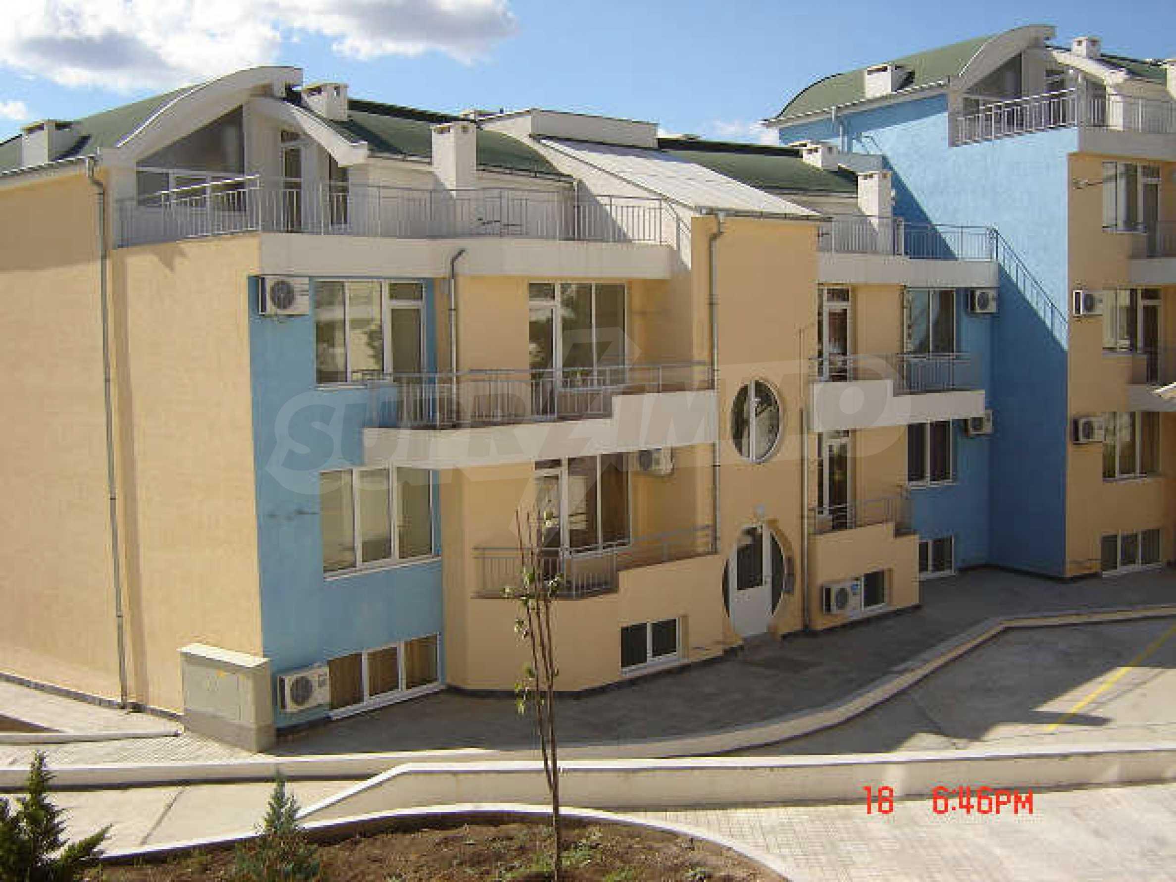 One-bedroom apartment in Sunset Apartments in Kosharitsa 6