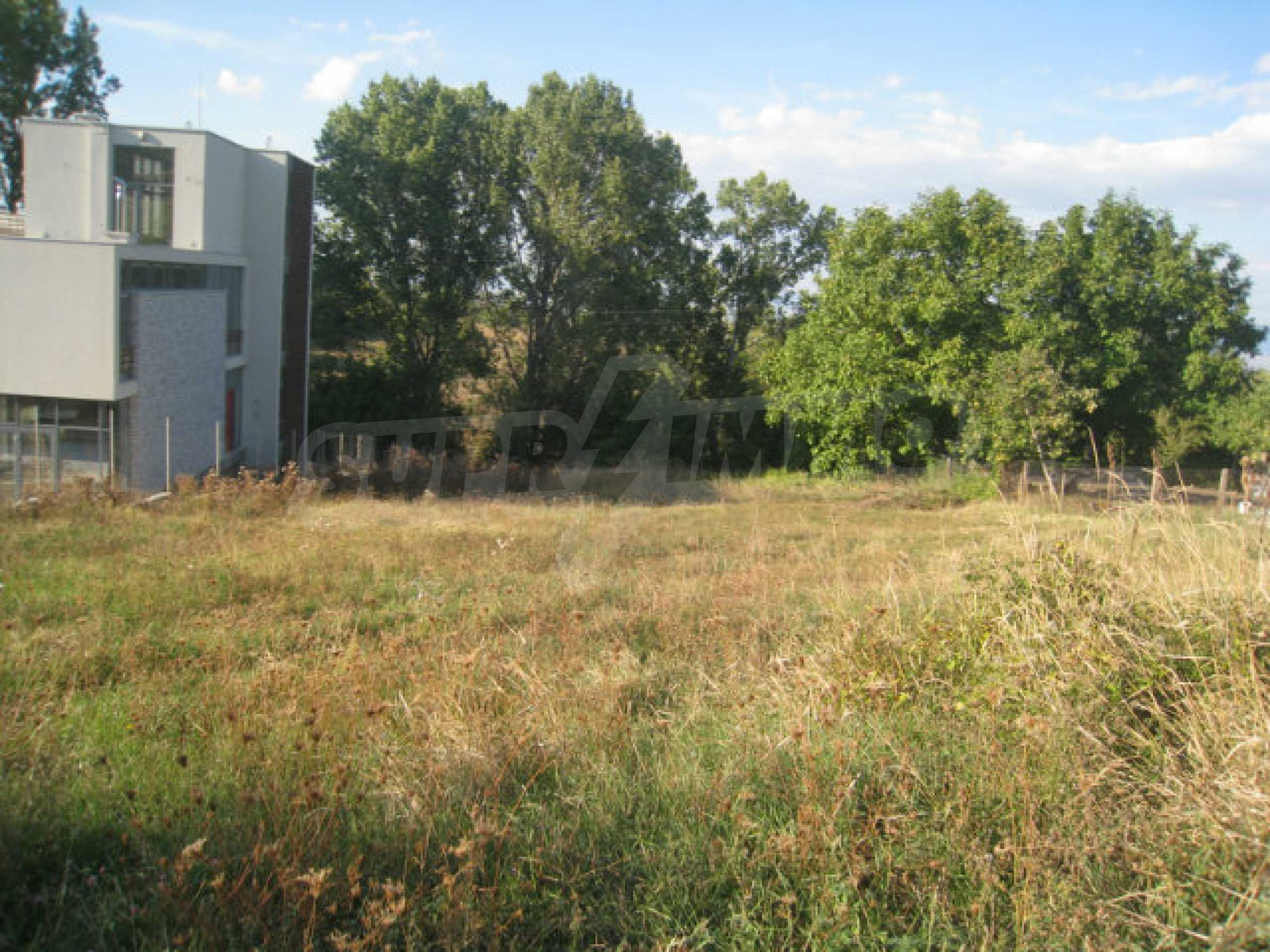 Regulated plot of land for rural private house or villa near Sofia 1
