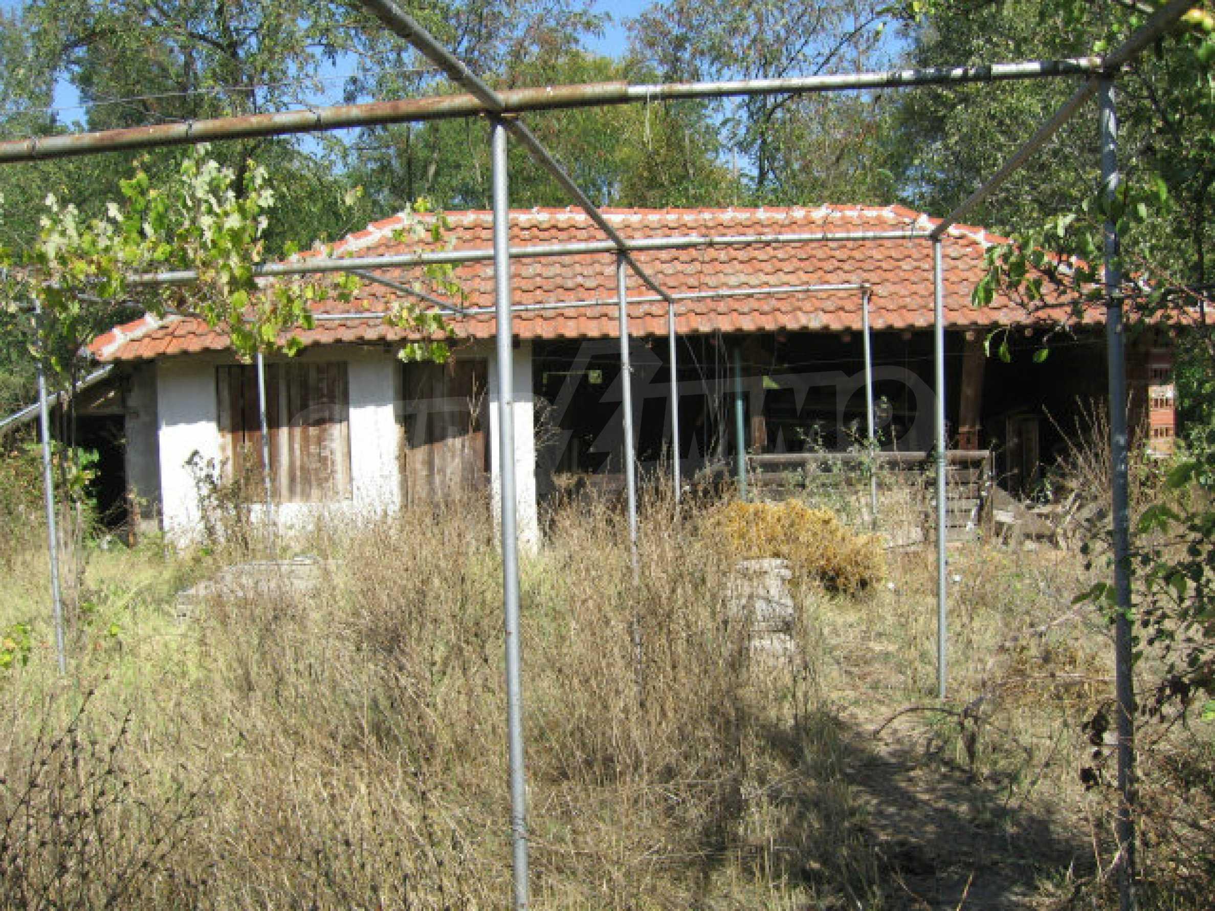 Renovated two-storey house with garden near Elhovo 36