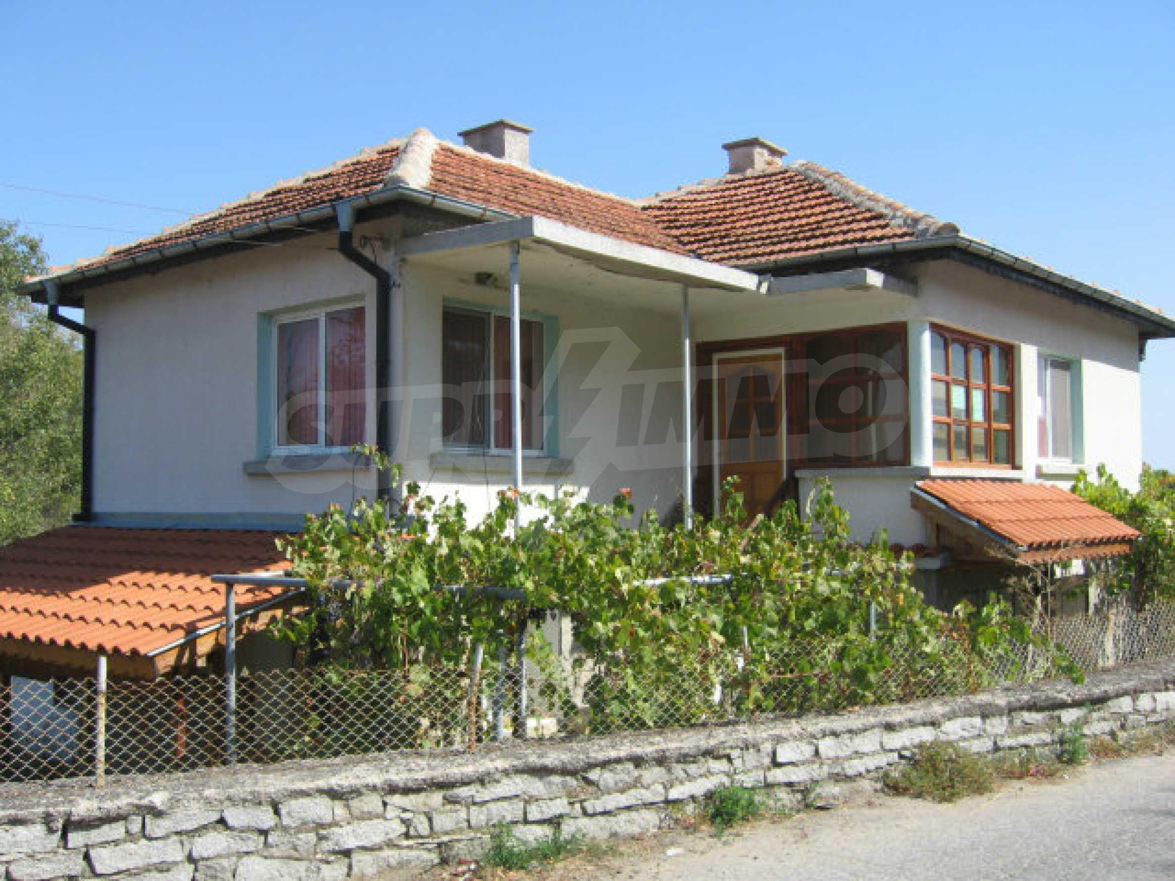 Renovated two-storey house with garden near Elhovo 42
