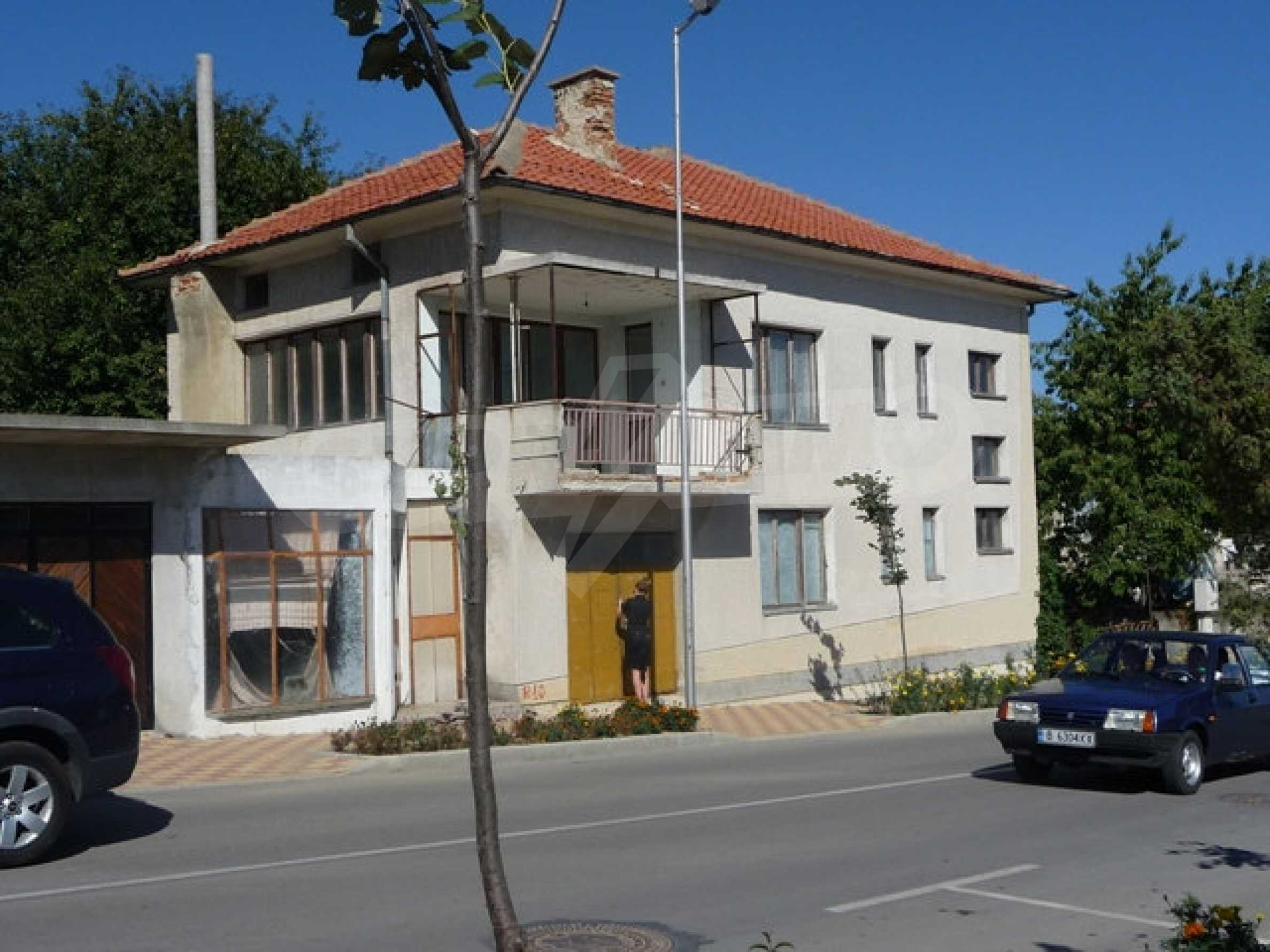 House with shop in Byala (Varna) 1